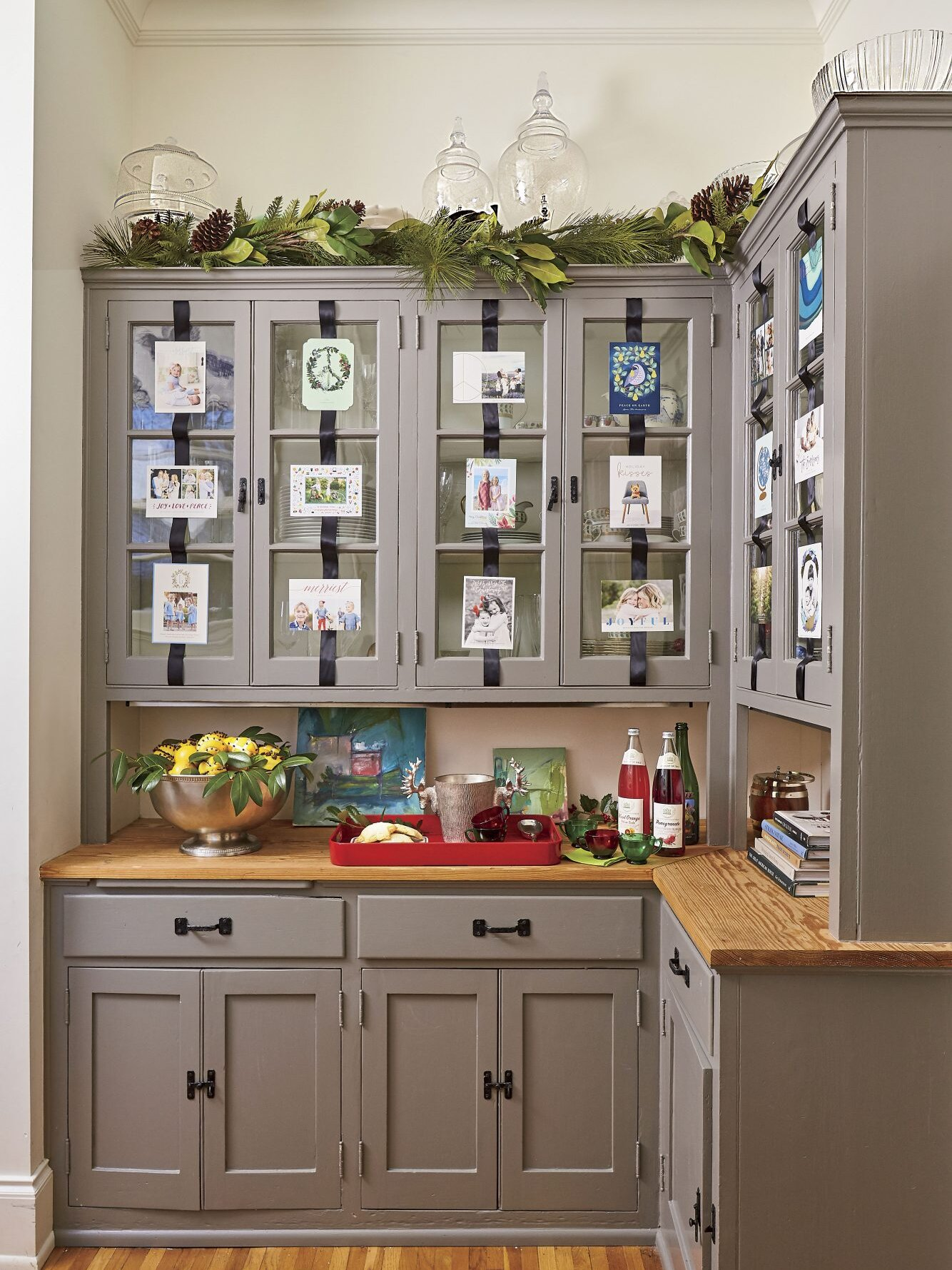 50 Ways To Decorate With Fresh Christmas Greenery Southern Living