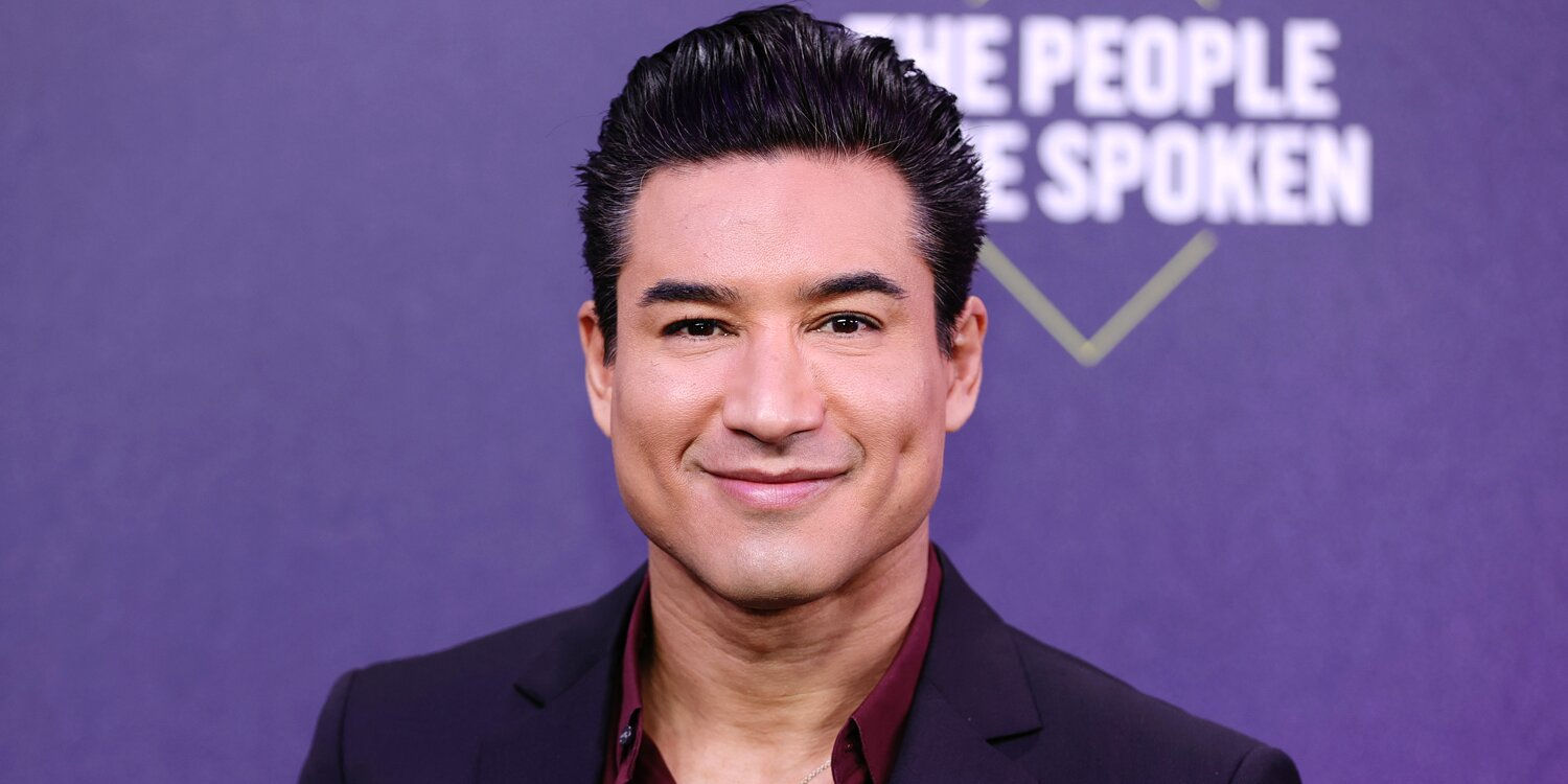 Mario Lopez on the 'Traumatic' Moment When His Daughter, 10, Walked in on Him Having Sex.jpg