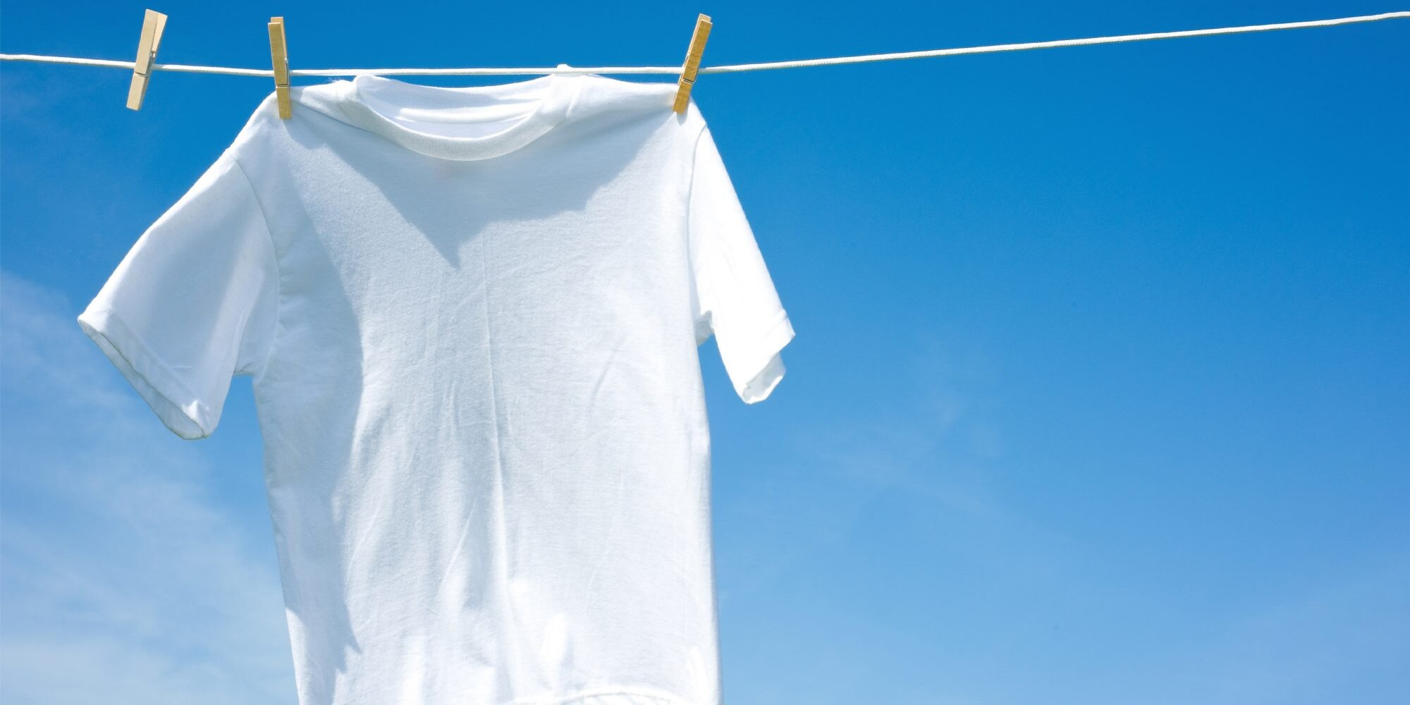 10 Ways to Whiten Laundry Without Bleach