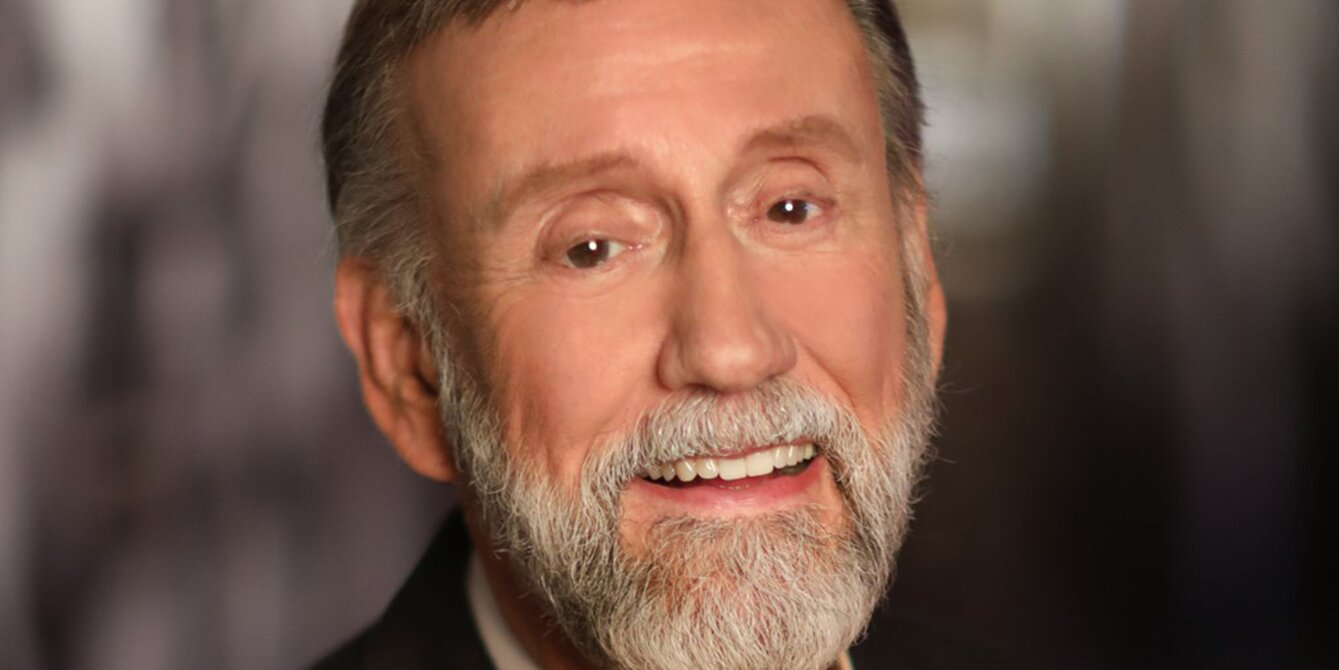 Country Music Hall of Famer Ray Stevens Declares 'There Ain't Nothing Political About Vaccines'