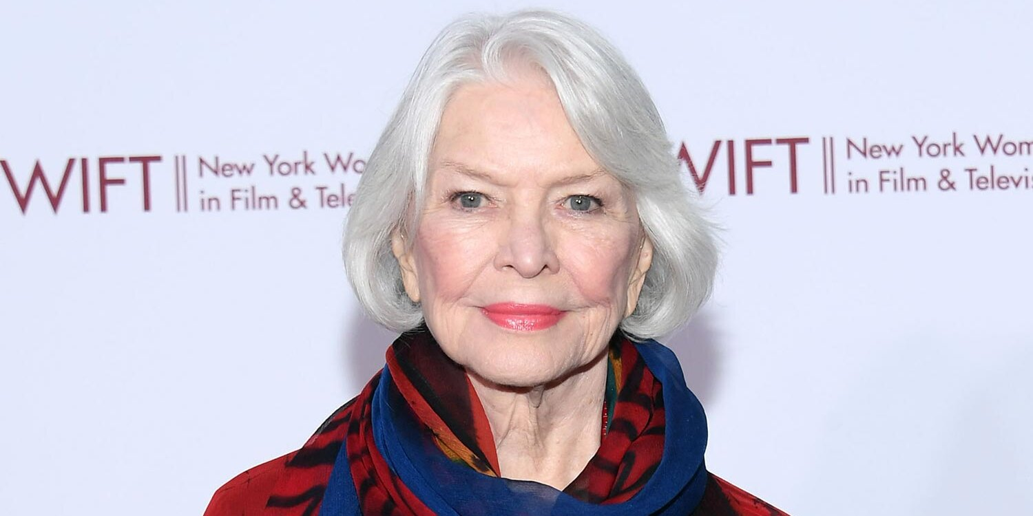 Ellen Burstyn to Reprise Her Iconic Exorcist Role 48 Years Later in Planned Sequel Movies.jpg