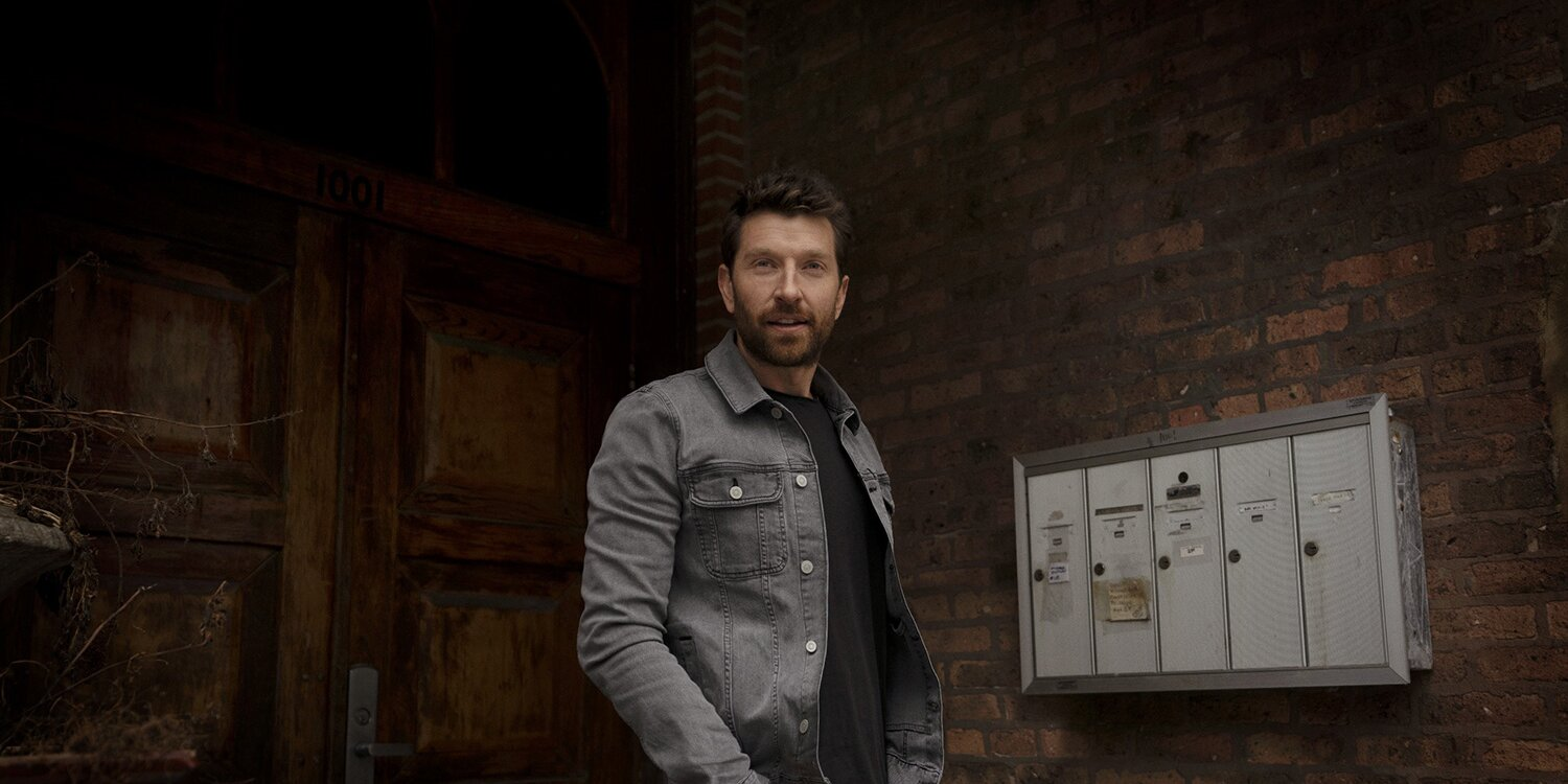 Brett Eldredge Chases Away the Gloom with His New Single 'Good Day': 'It's a Song for the Moment'.jpg
