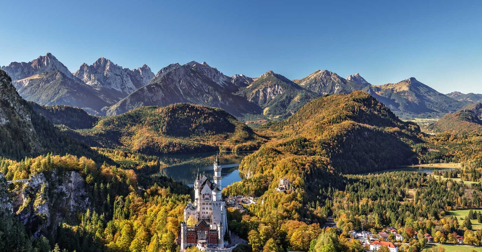25 Facts About Neuschwanstein Castle in Germany
