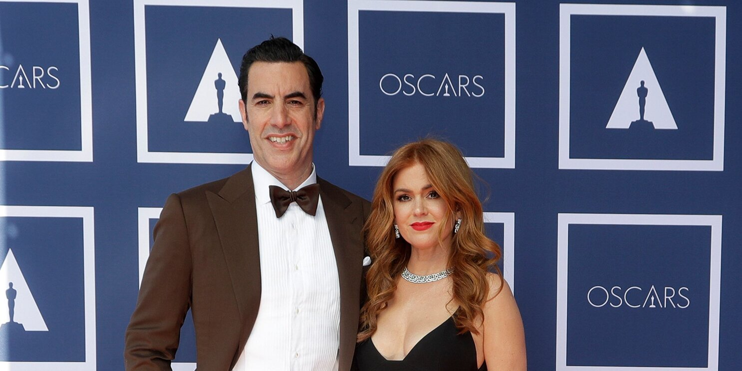 Isla Fisher on Raising Her Three Kids with a 'Normal Childhood' Free from 'Pressure or Scrutiny'