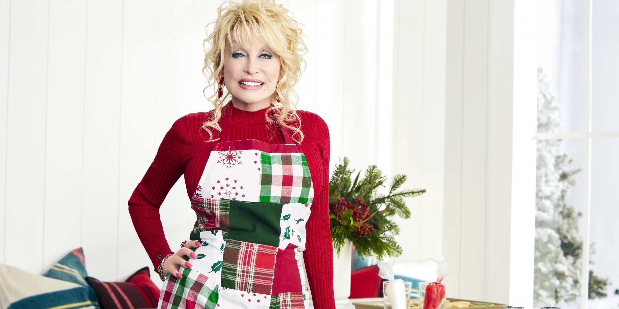 Dolly Parton Teams Up With Williams Sonoma for a Holiday Collection Inspired by Her Childhood Christmases
