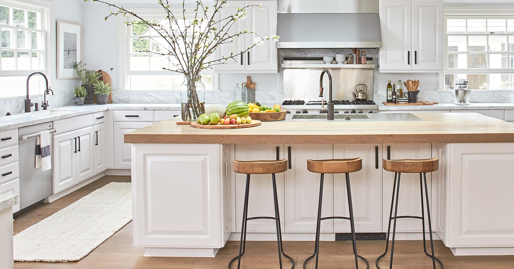 Clean Kitchen And Bathroom Countertops