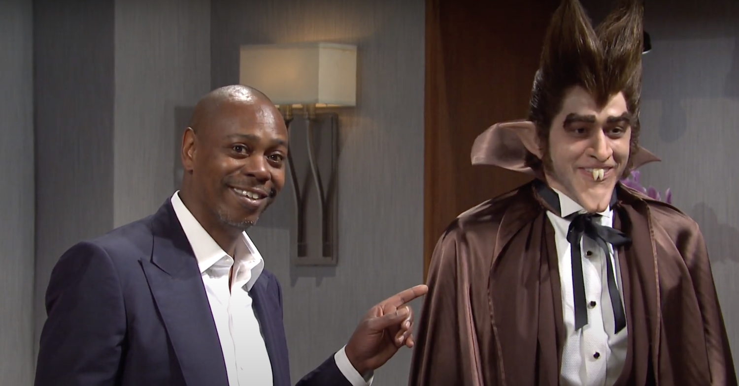 'Saturday Night Live' host Dave Chappelle asks America to 'look at Pete Davidson's lips'