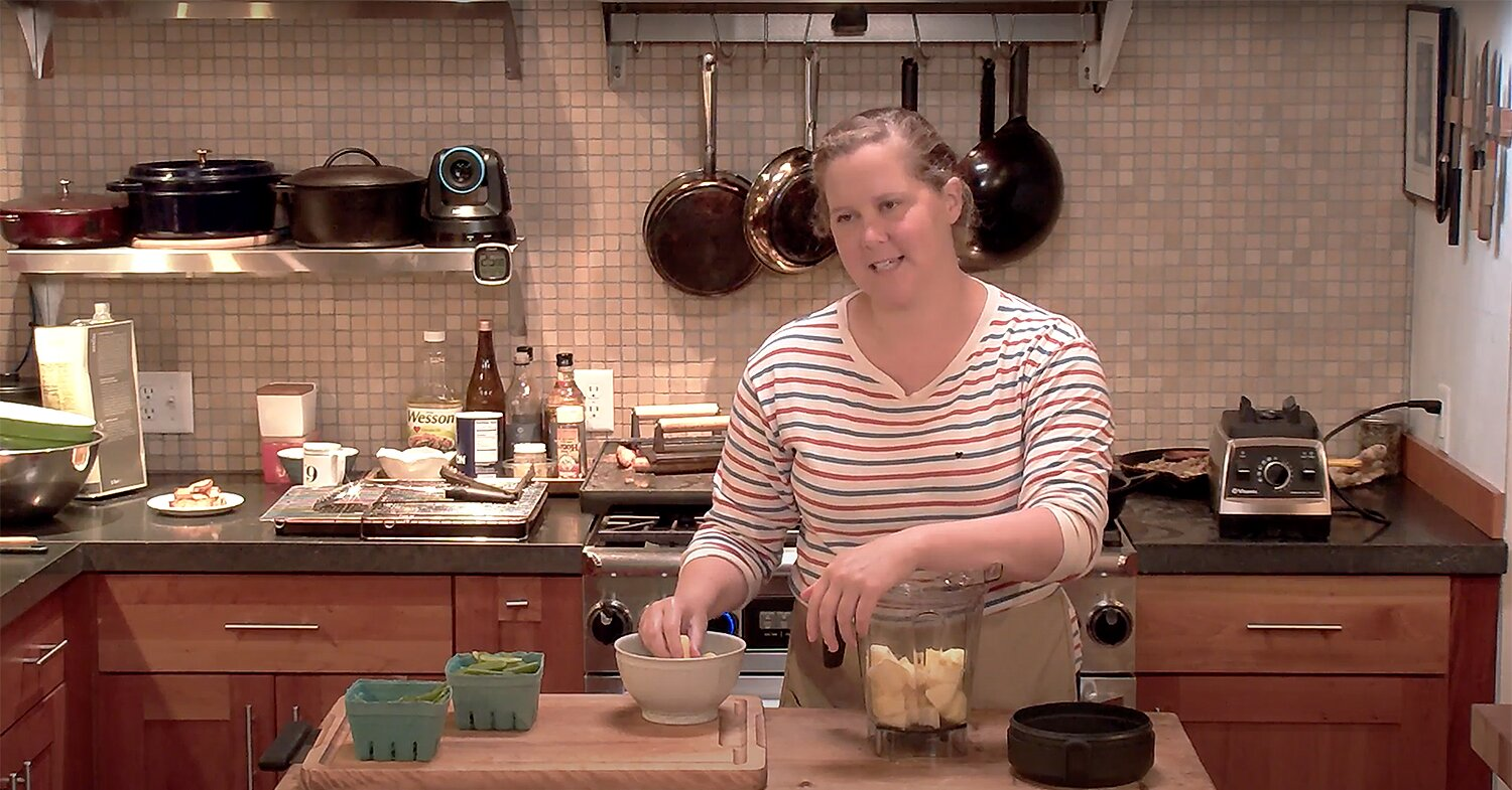 Amy Schumer Makes a Piña Colada While Fighting with Her Husband In Hilarious Food Network Clip