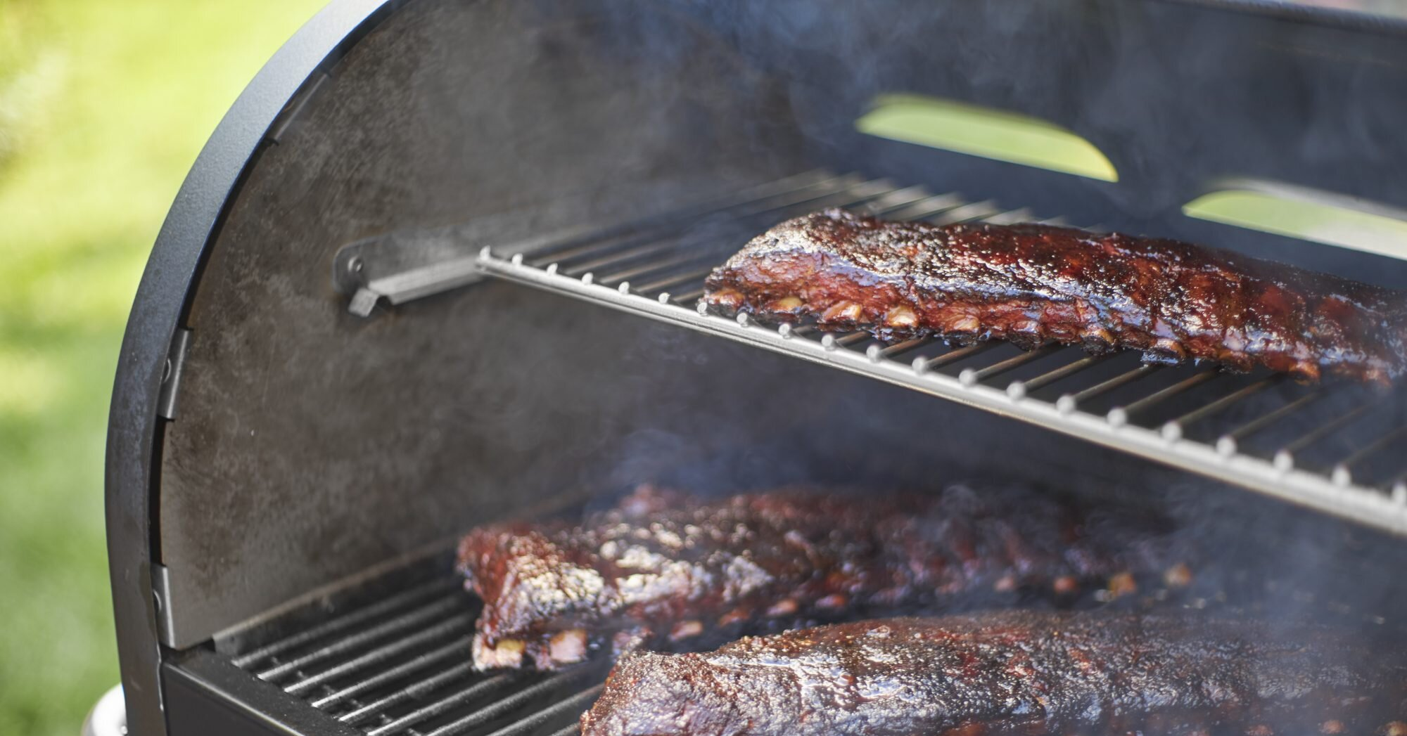 How to Use a Smoker, According to an Expert