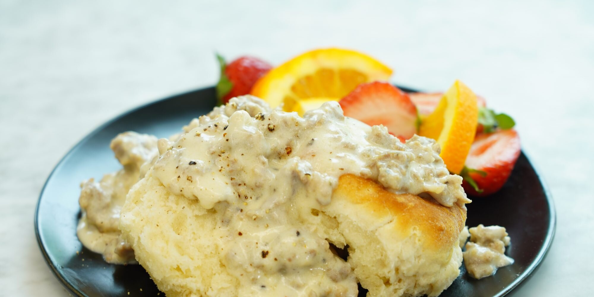 how to make easy biscuits and gravy