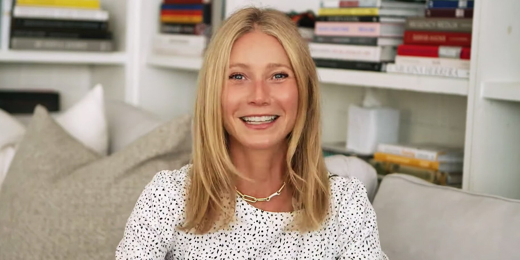 Gwyneth Paltrow Urges Moms to 'Understand' Everyone Is 'Doing Their Best'.jpg