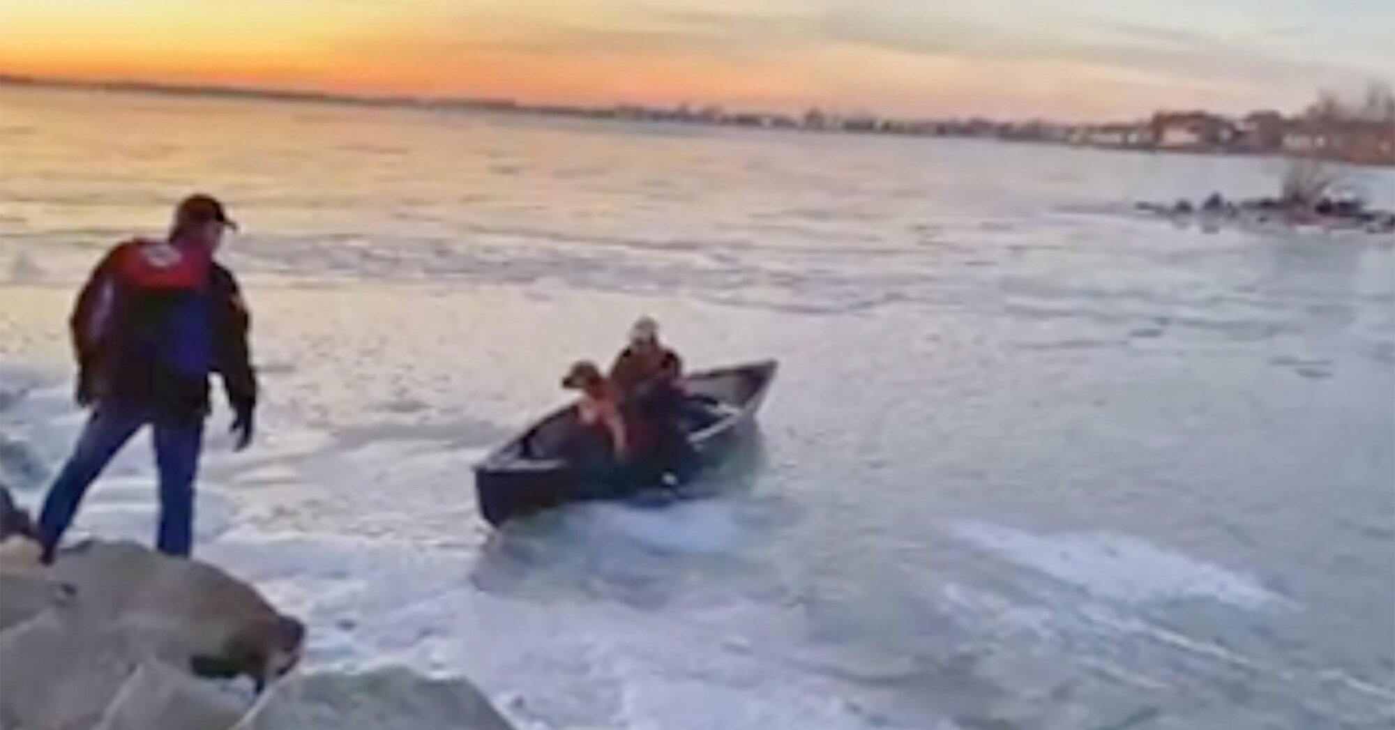 Bystander Risks Own Safety to Reach Labrador Retriever on Icy Lake