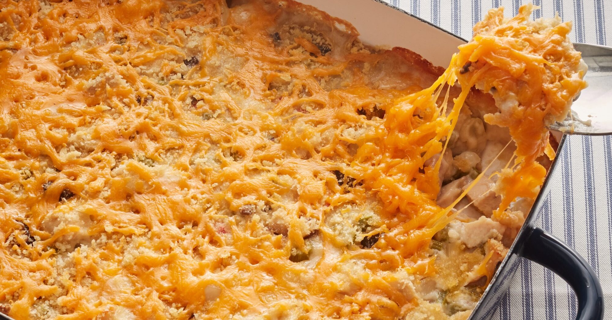 10 Casseroles That Use up Leftover Thanksgiving Turkey
