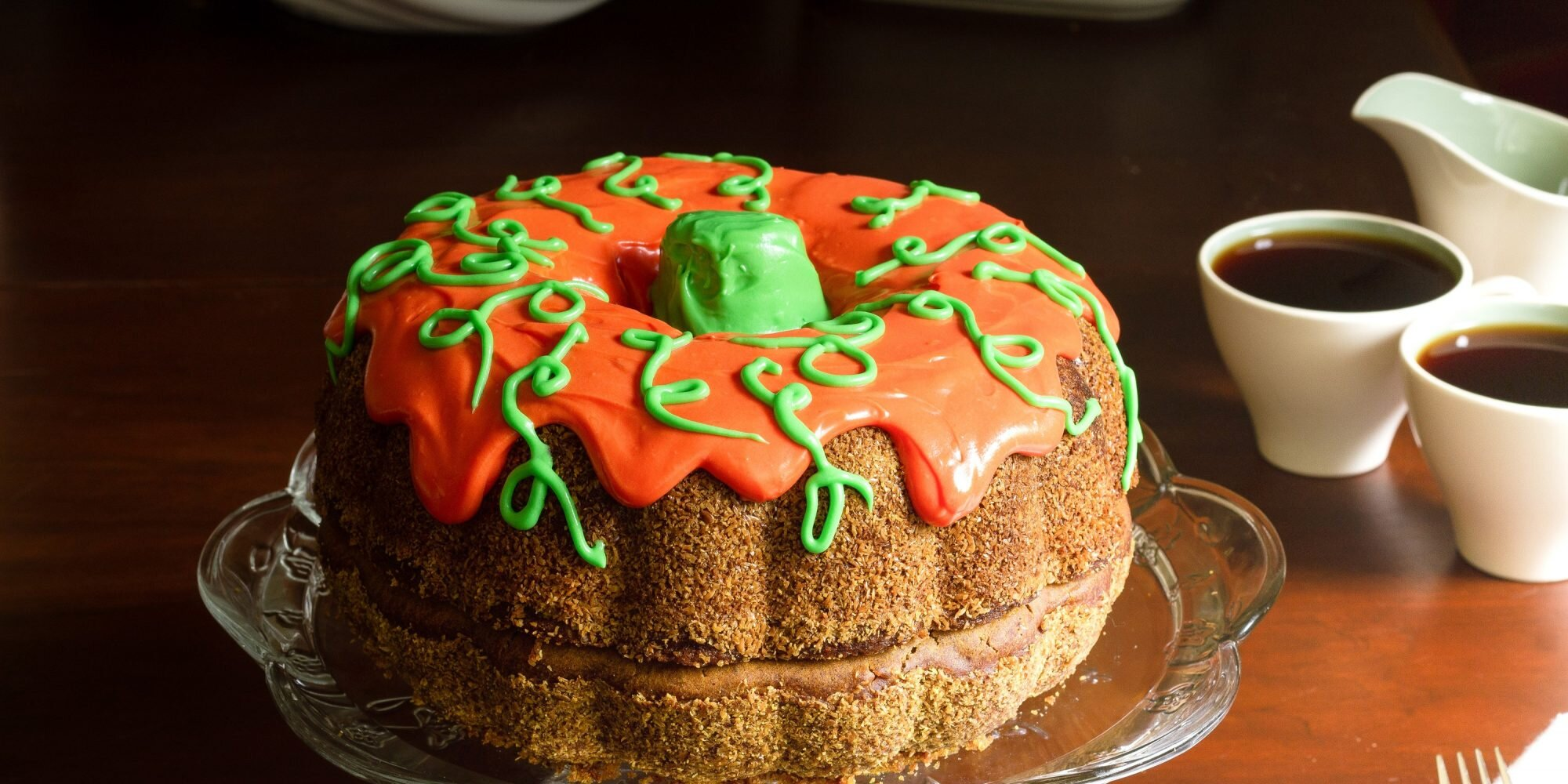 how to bake and decorate a pumpkin shaped cake