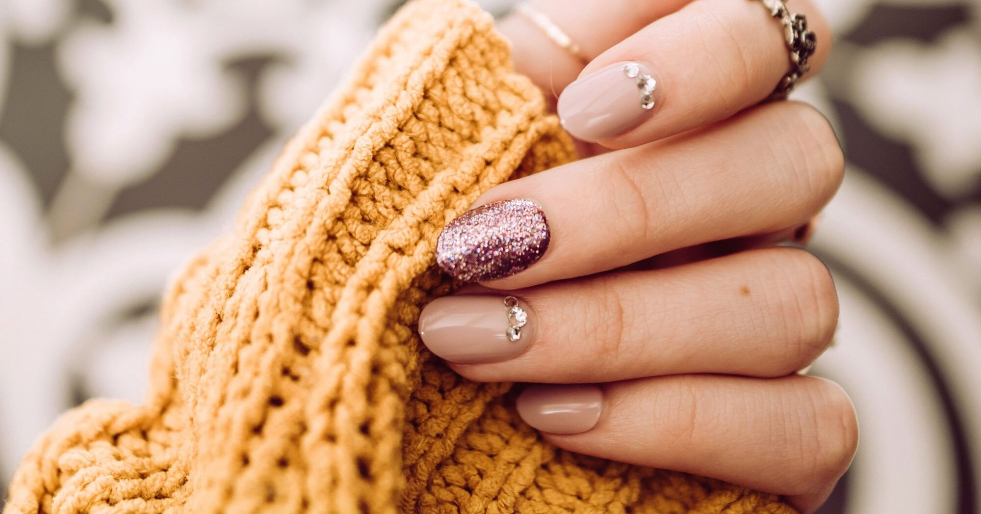 This Top-Rated Gel Polish Set Has Every Fall Nail Color You Need, and It's Just $10 Today