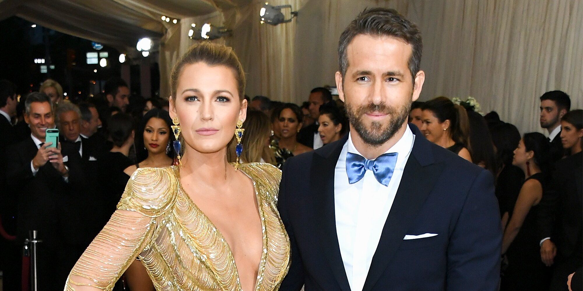 Ryan Reynolds jokes about 'airport bathroom sex' with Blake Lively in Mother's Day message.jpg