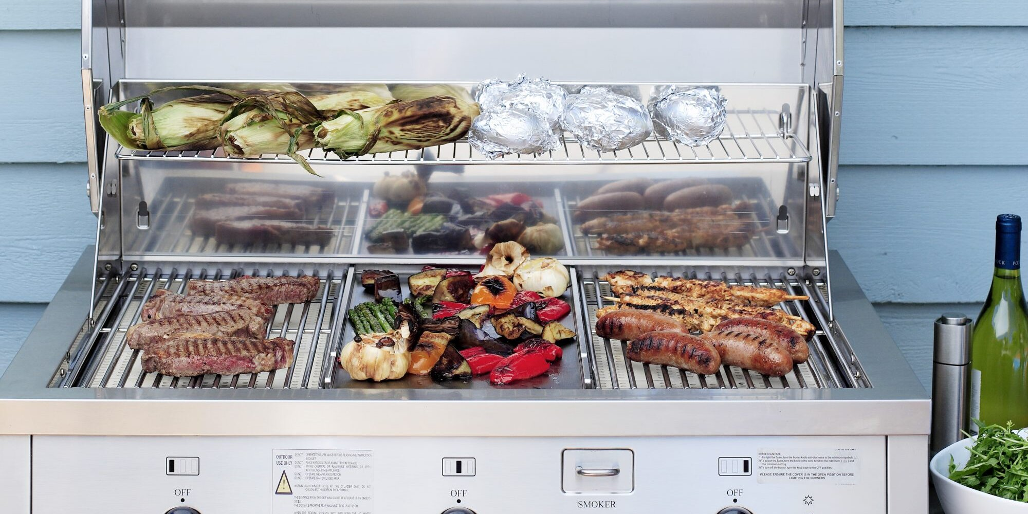 This Party Calculator Tells You Exactly How Much Food to Make for Your Summer BBQ
