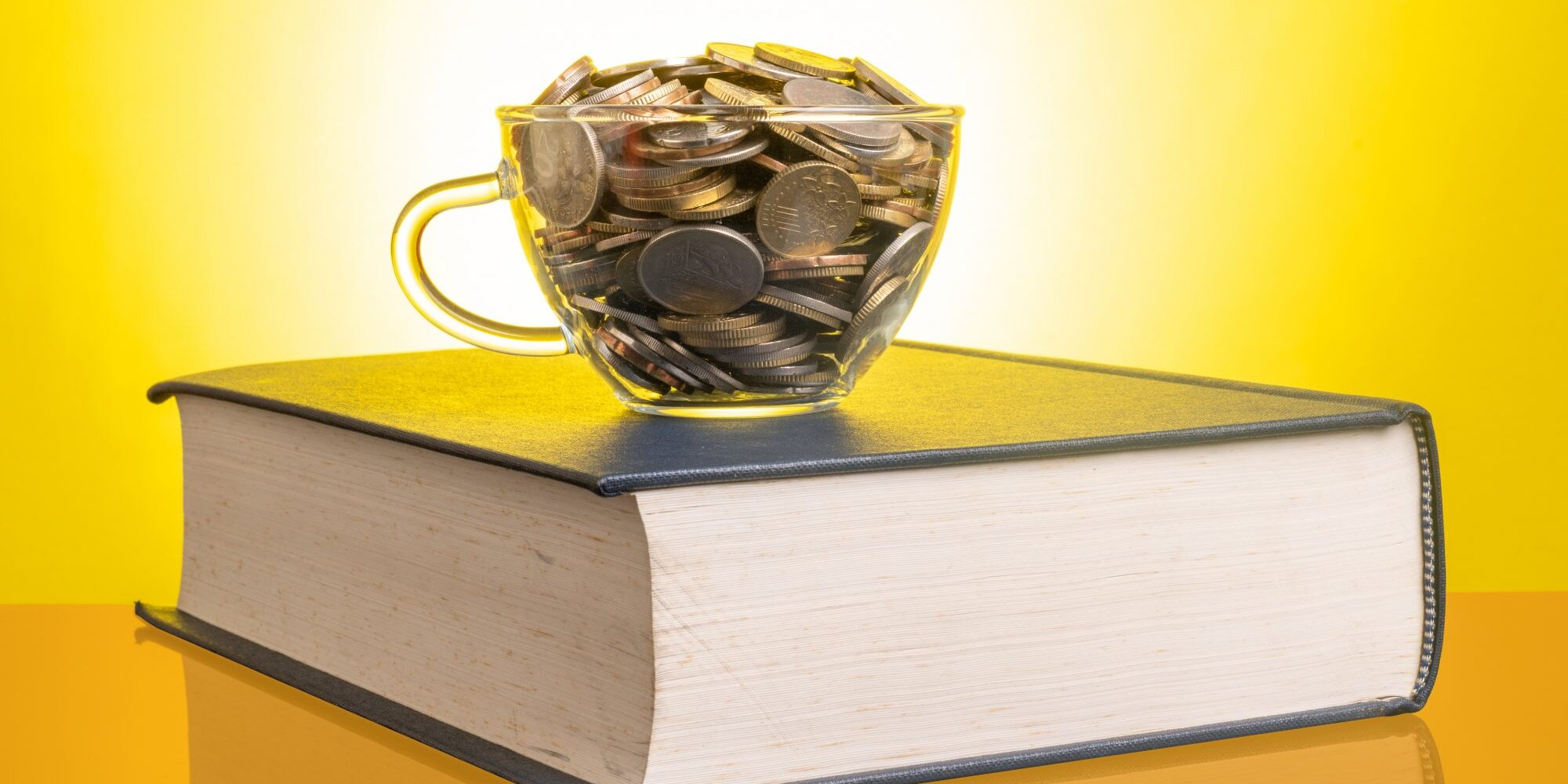 6 Ways to Save Money as a College Student