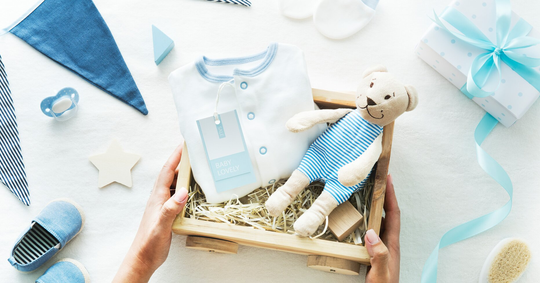 "25 Gifts for a ""Baby Shower in a Box"" Delivery Package"