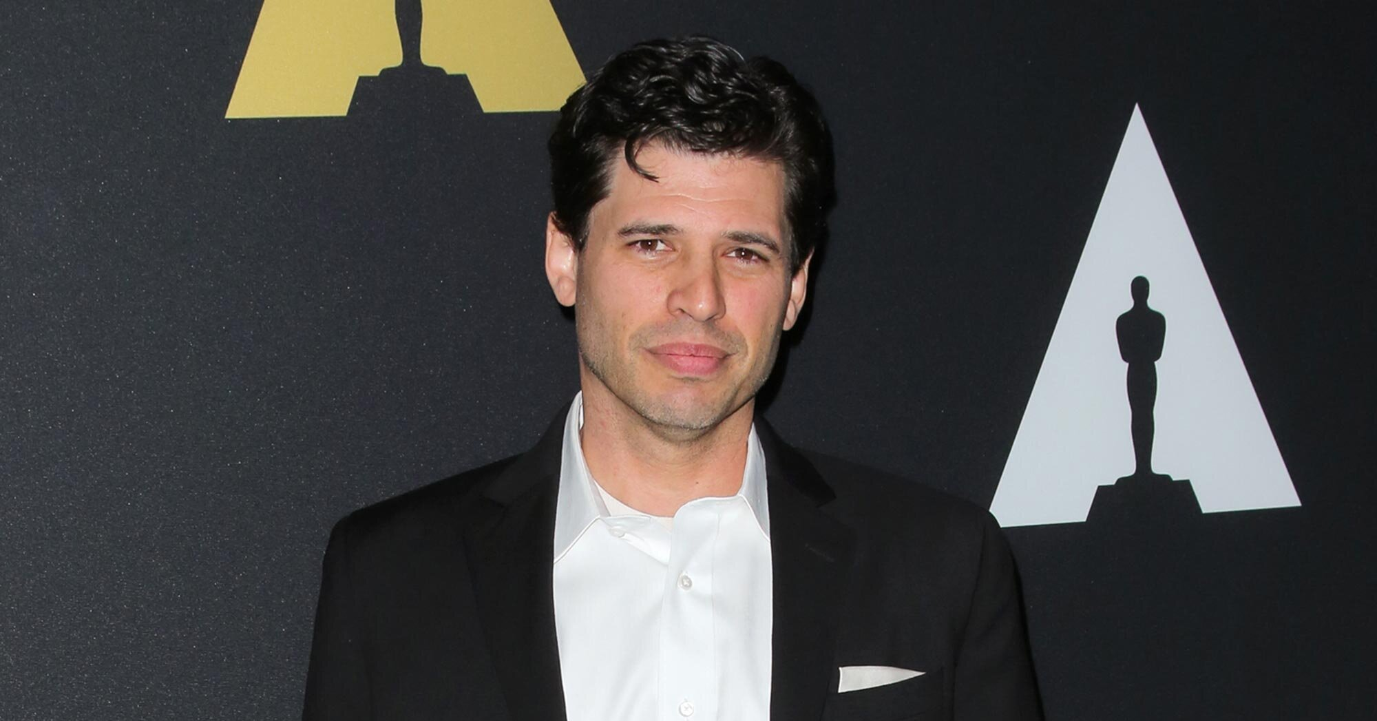 'World War Z' author Max Brooks recommends the book you should read to survive a pandemic