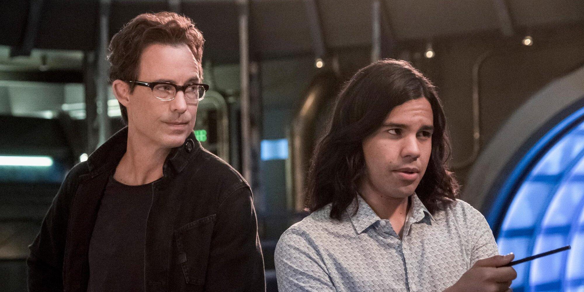 Carlos Valdes and Tom Cavanagh exiting The Flash as series regulars after 7 seasons.jpg