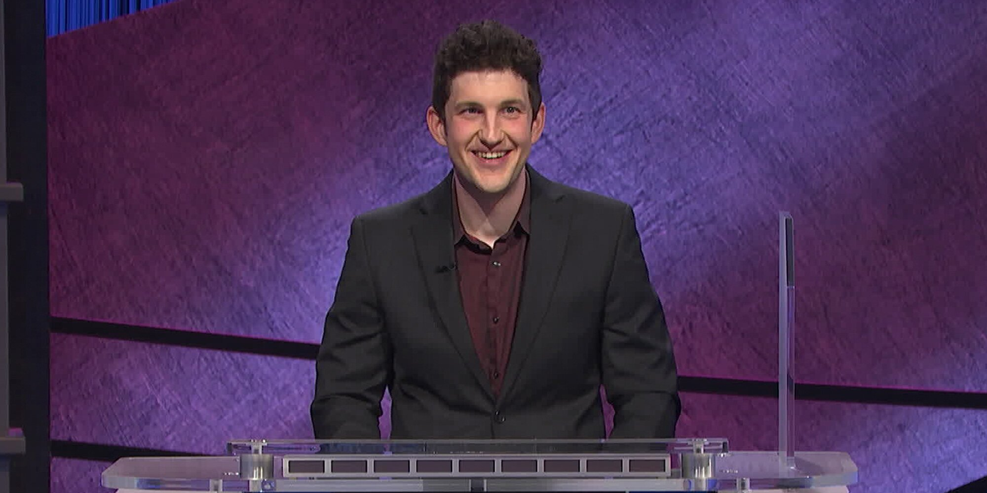 'Jeopardy' clarifies its rules after fans find contestant's answer style annoying