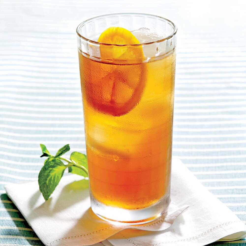 We Tried Southern Living's Surprising Way to Make Sweet Tea, and Let's Just Say We Approve