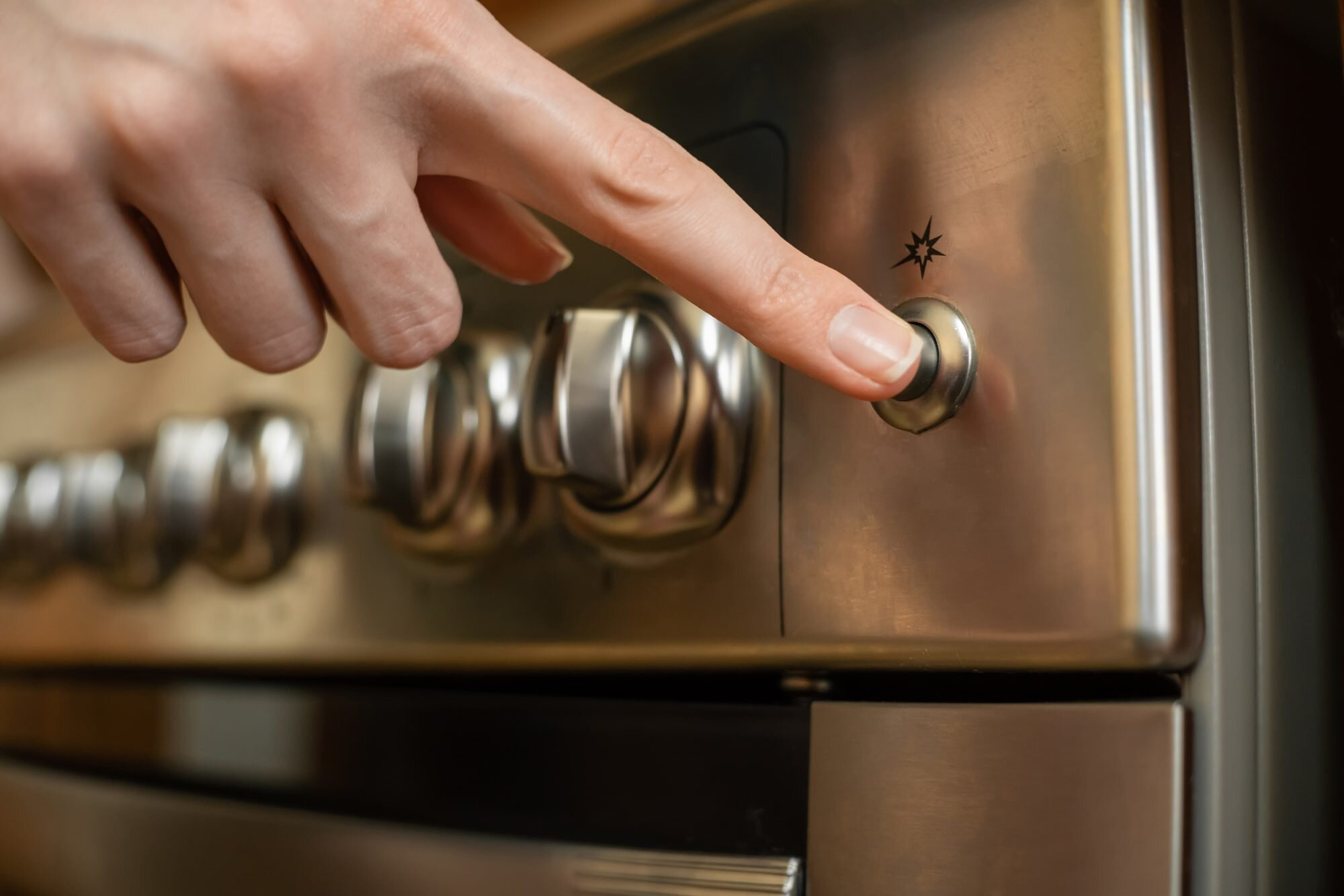 5 Things You Should Never Put in Your Oven, Ever