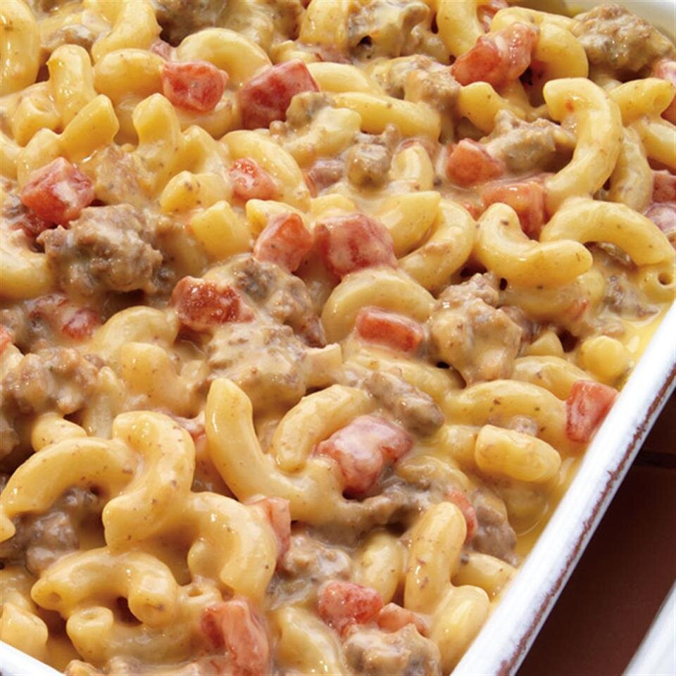 cheeseburger macaroni from red gold