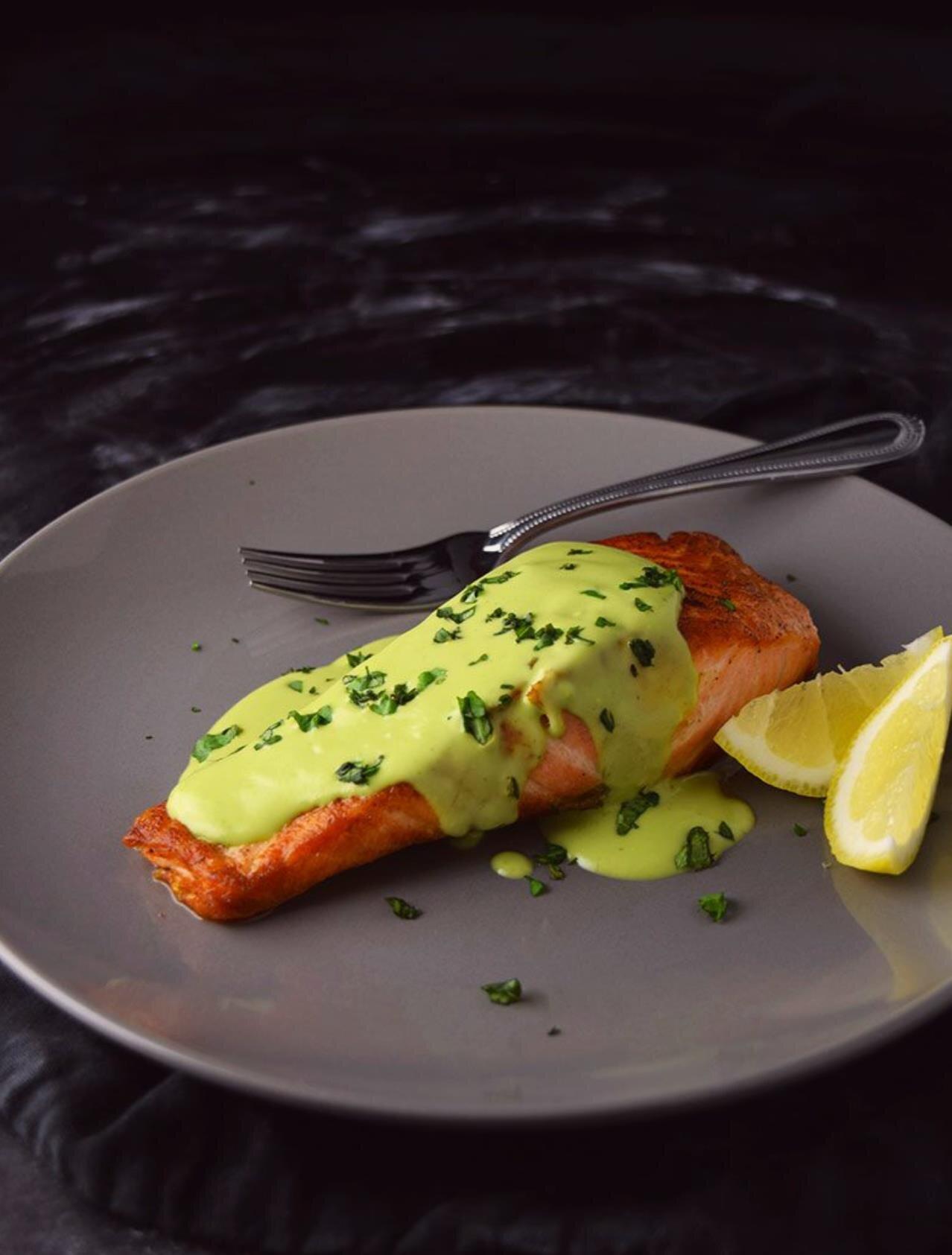 pan seared salmon with creamy avocado sauce