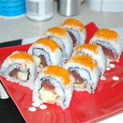spicy yellowtail sushi roll