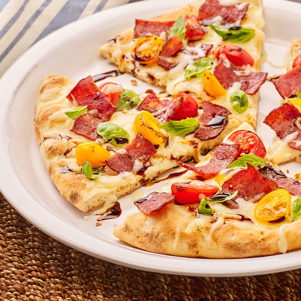 turkey bacon flatbread pizza