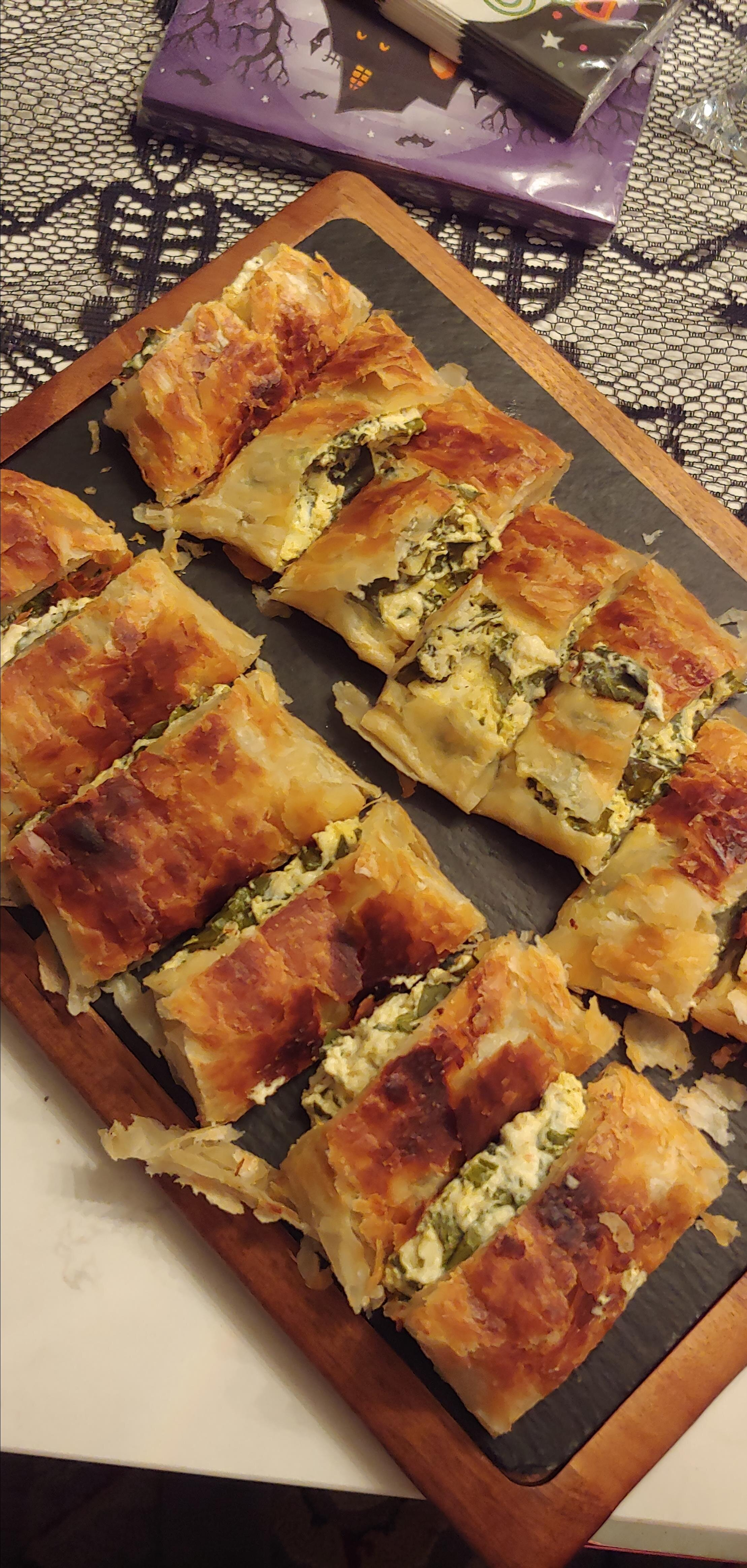 make ahead spinach phyllo roll ups from philadelphia