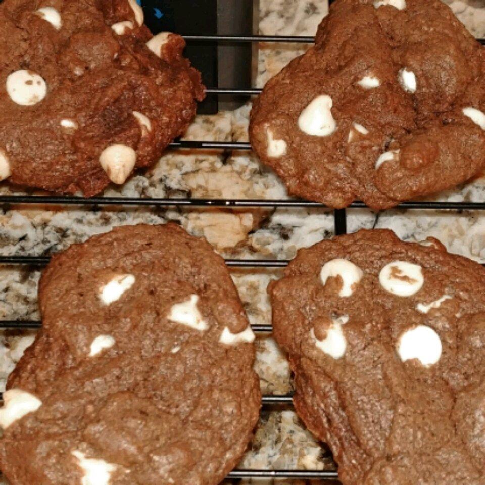 mocha white chocolate chunk cookies recipe