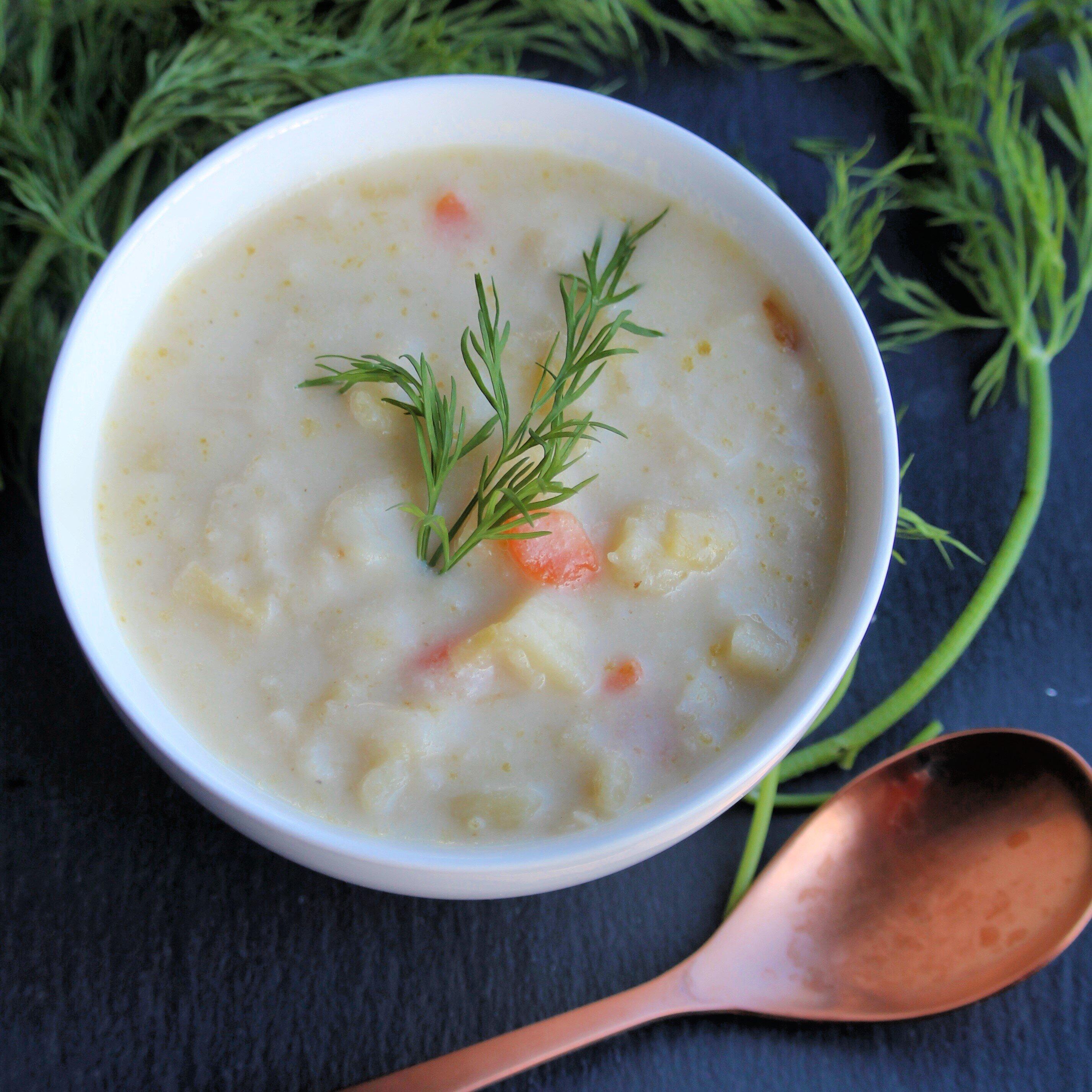 slow cooker vegan leek and potato soup recipe