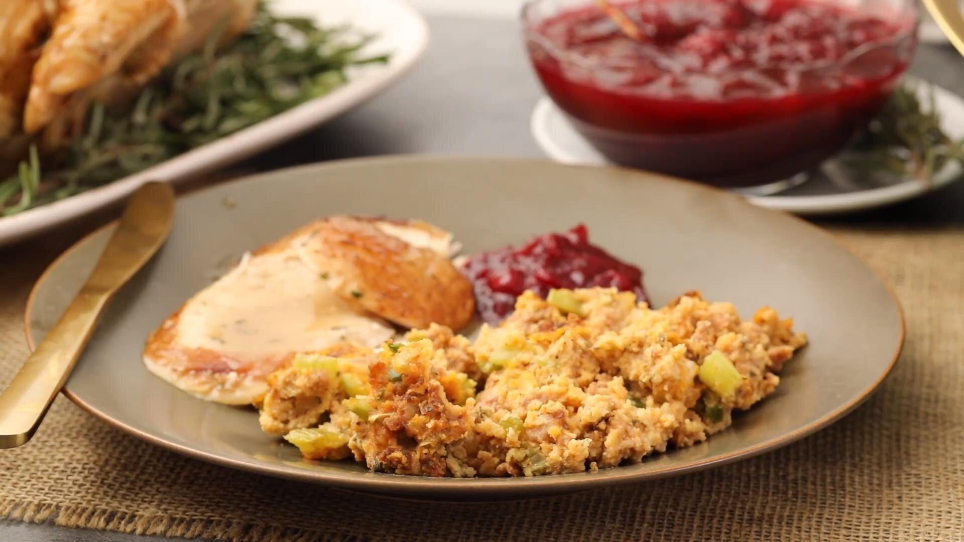 moms sausage and cornbread dressing recipe