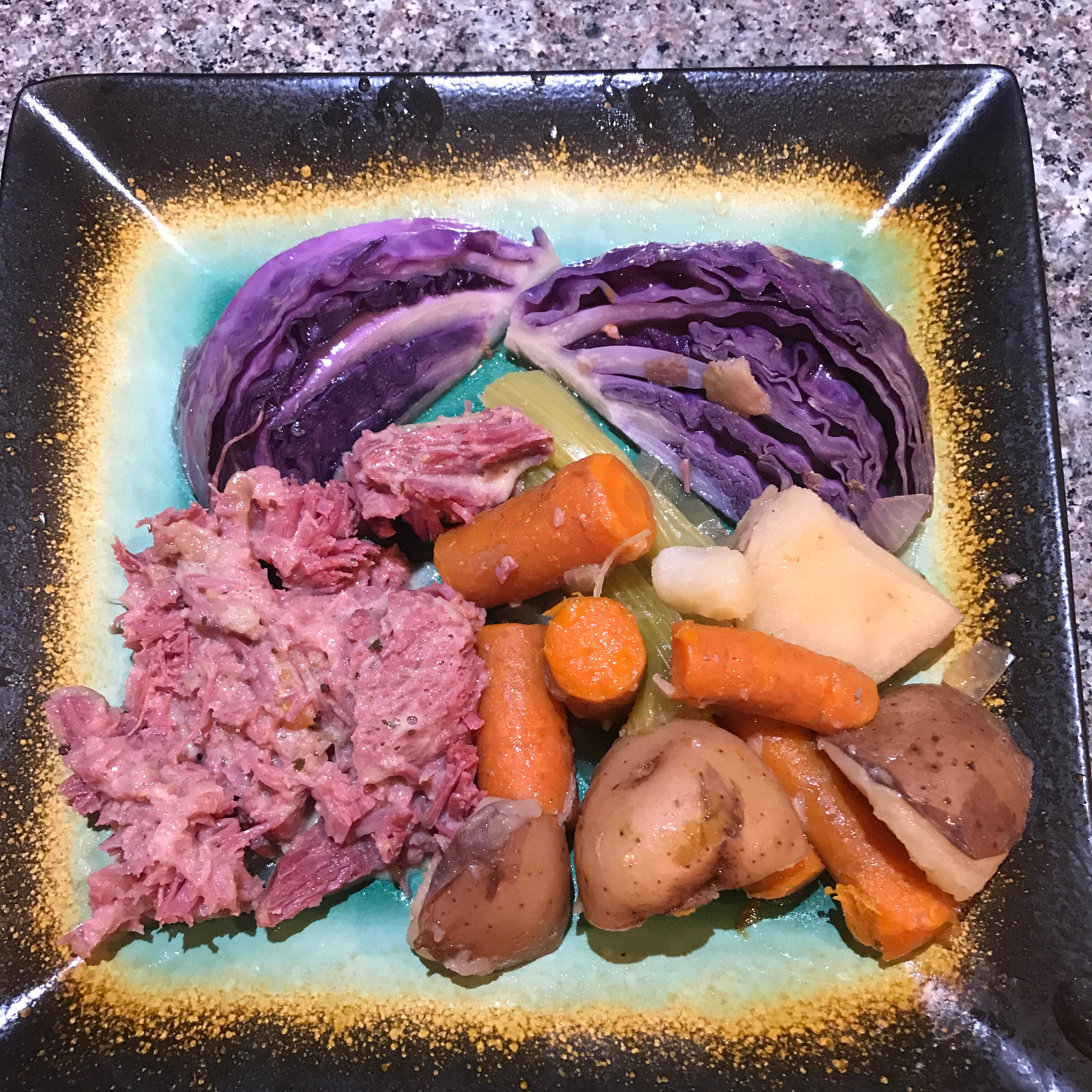 sarahs slow cooker corned beef and cabbage recipe