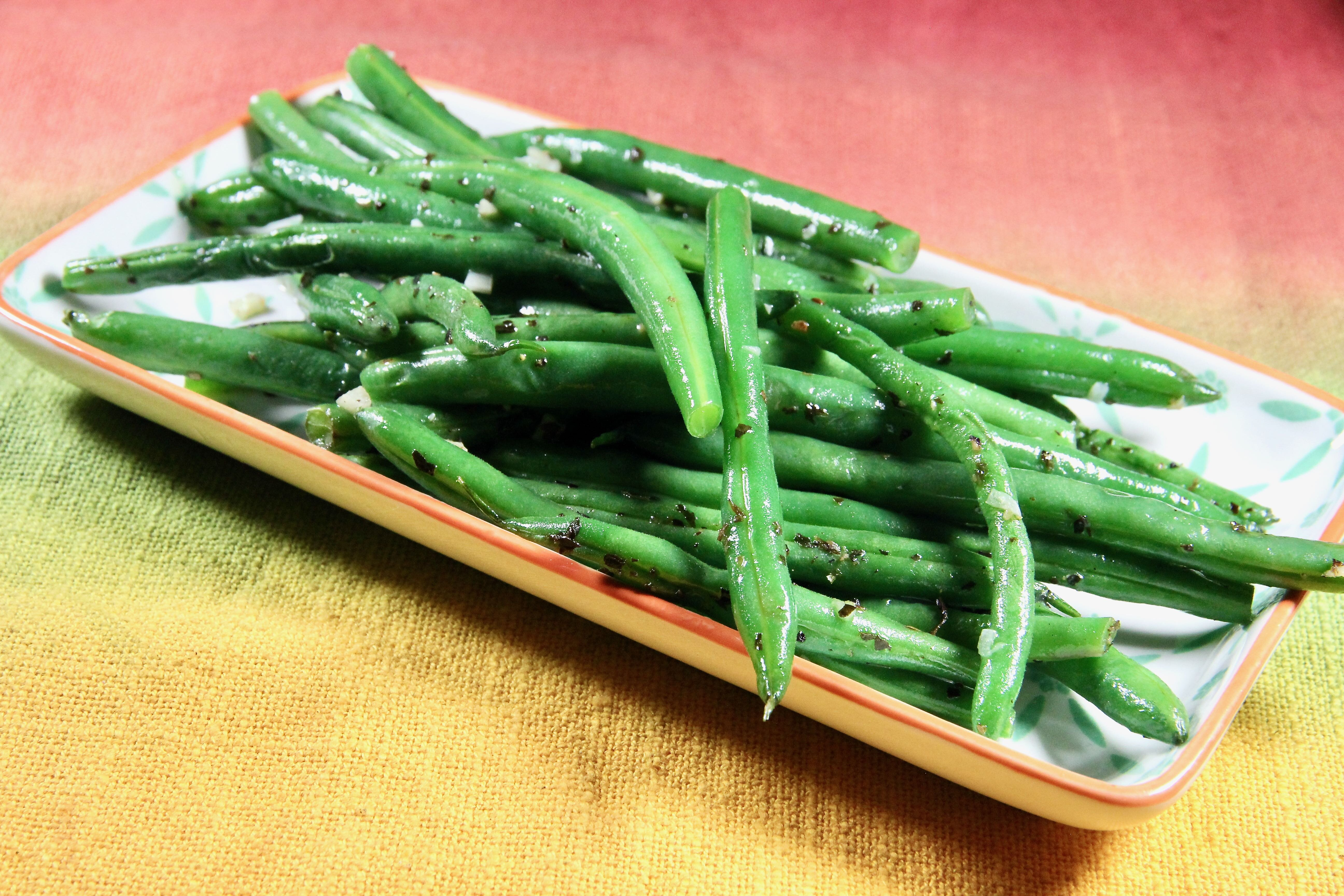 microwave garlic and herb green beans recipe