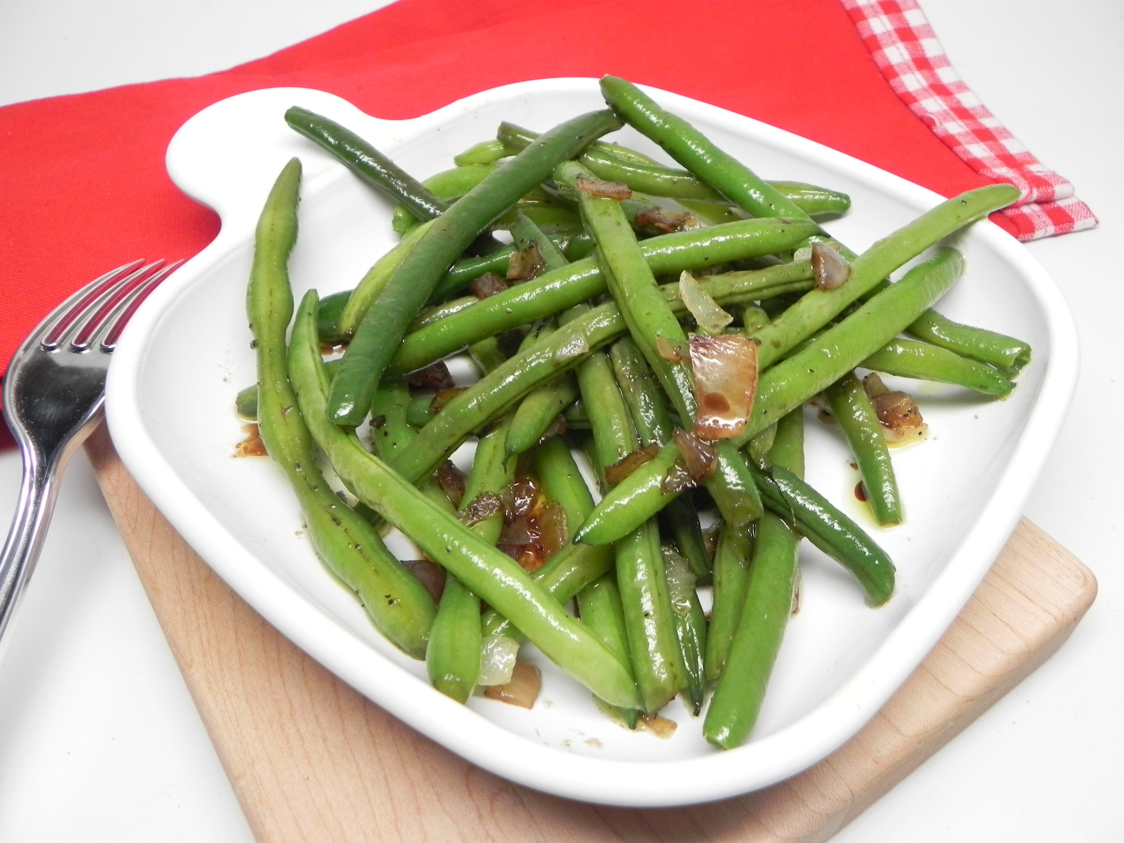 sauteed green beans with onion recipe