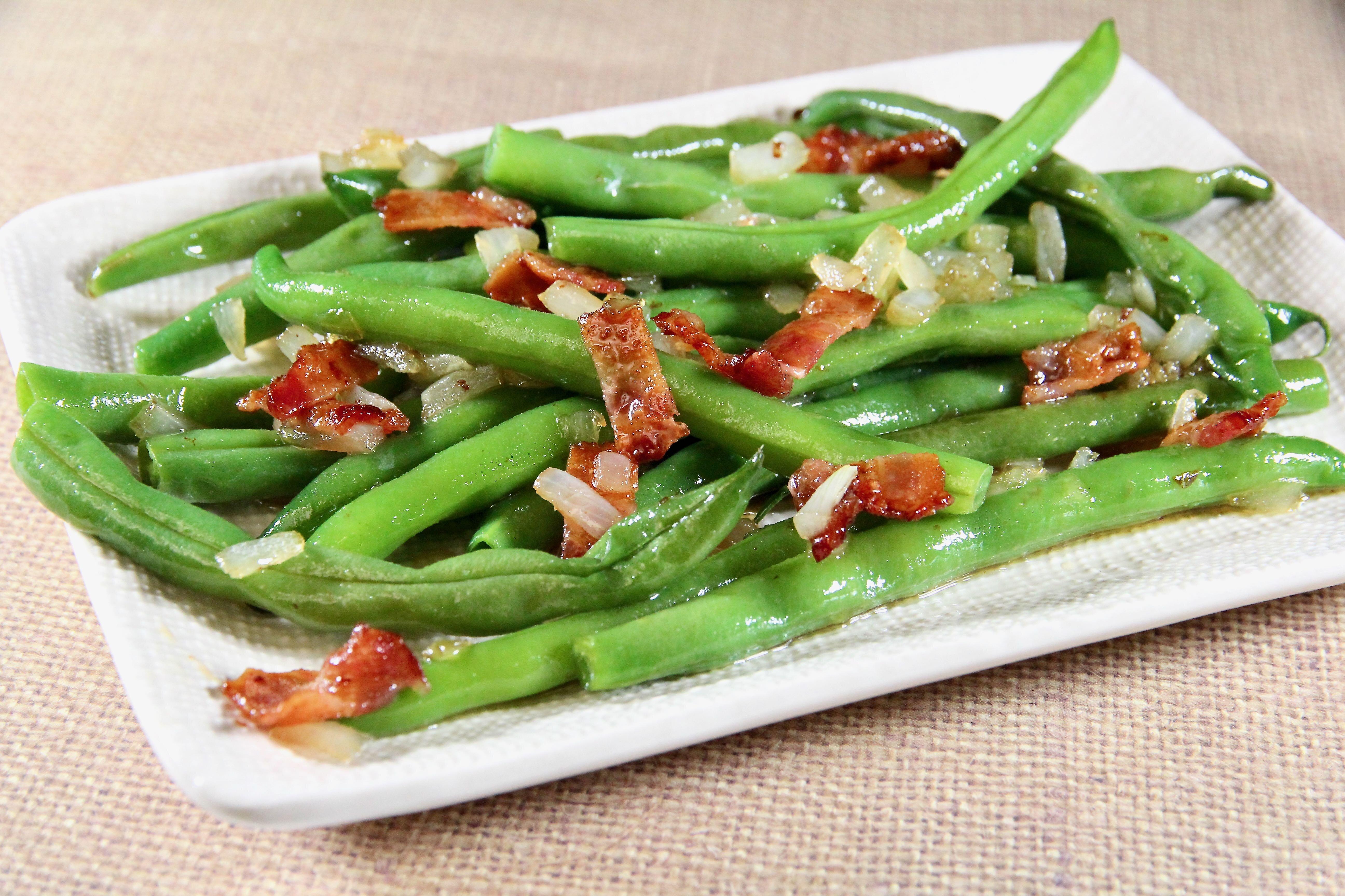 grandmas green beans with bacon vinaigrette recipe