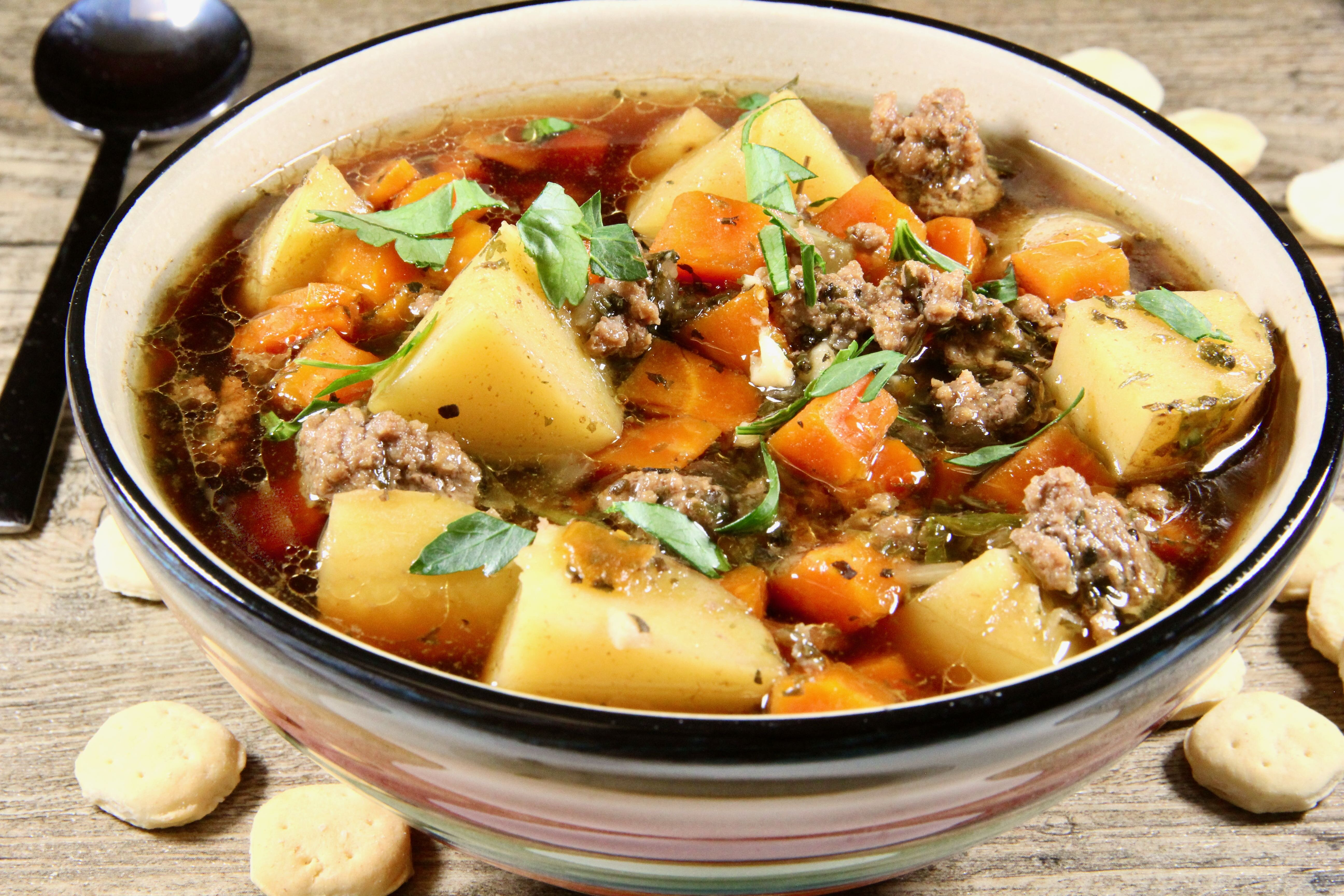 my moms hamburger and potato soup recipe