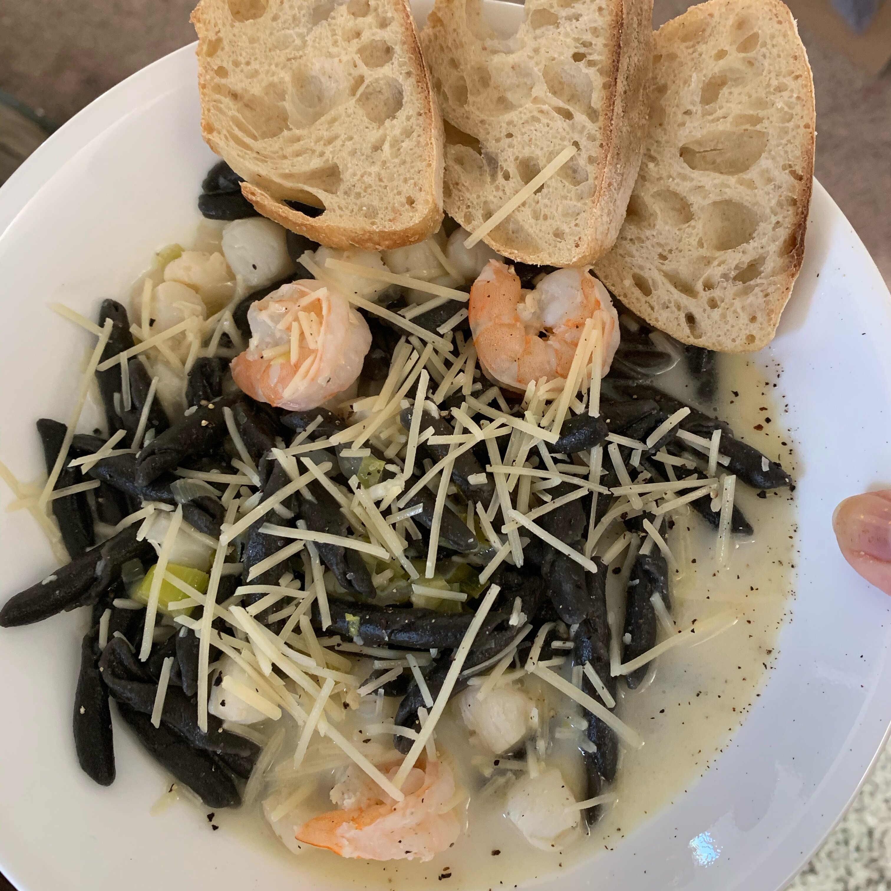 melissas awesome mussels and scallops in citrus wine broth recipe