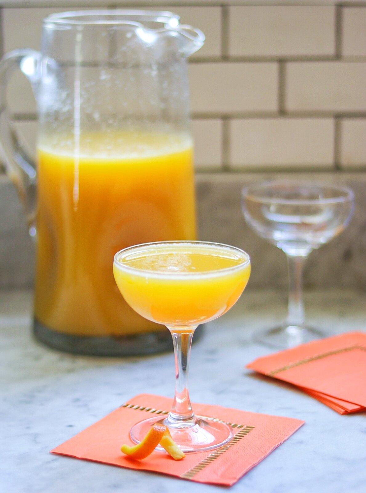 pineapple apricot mimosas recipe
