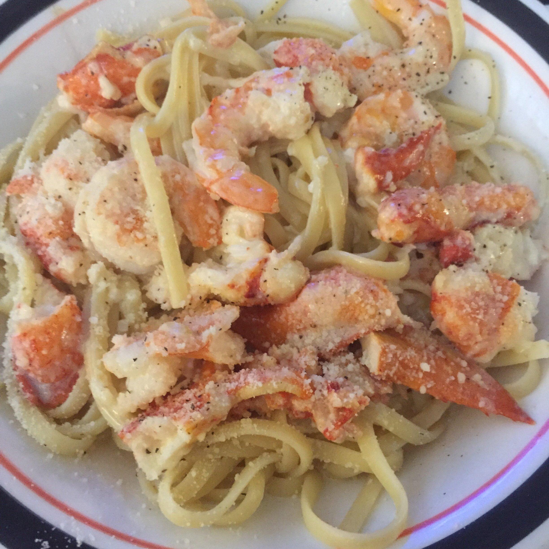 scrumptious seafood linguine recipe