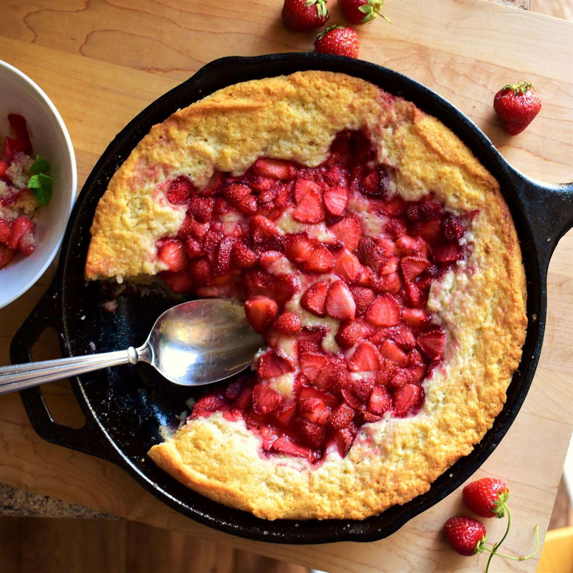 strawberry spoon cake