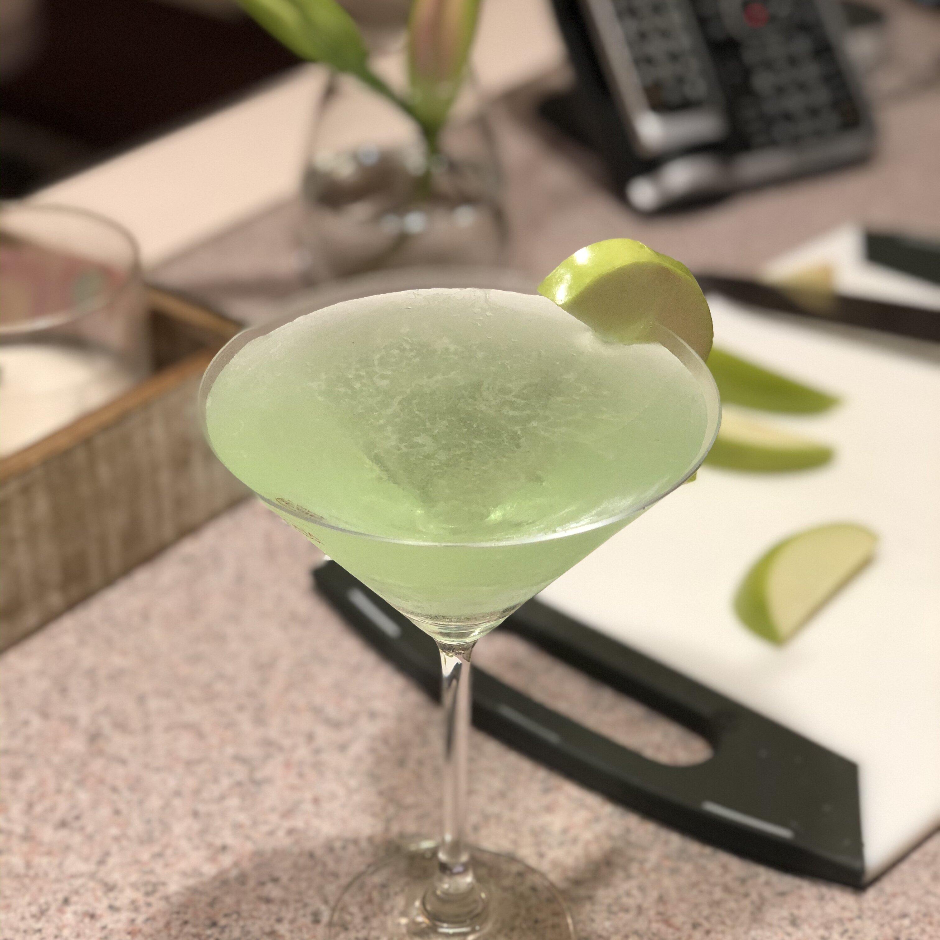 peachy apple martini