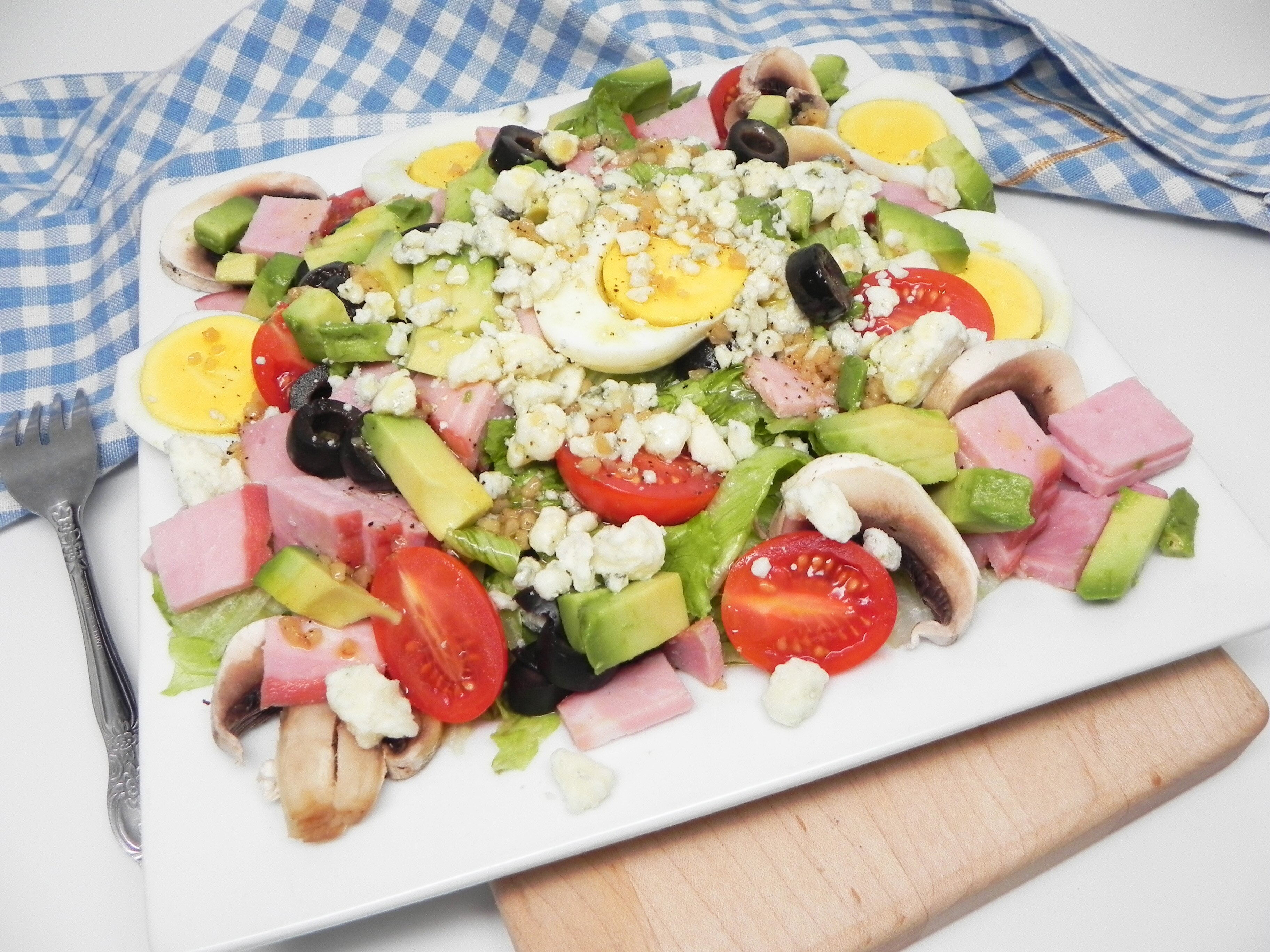 cobb salad with ham and homemade dressing