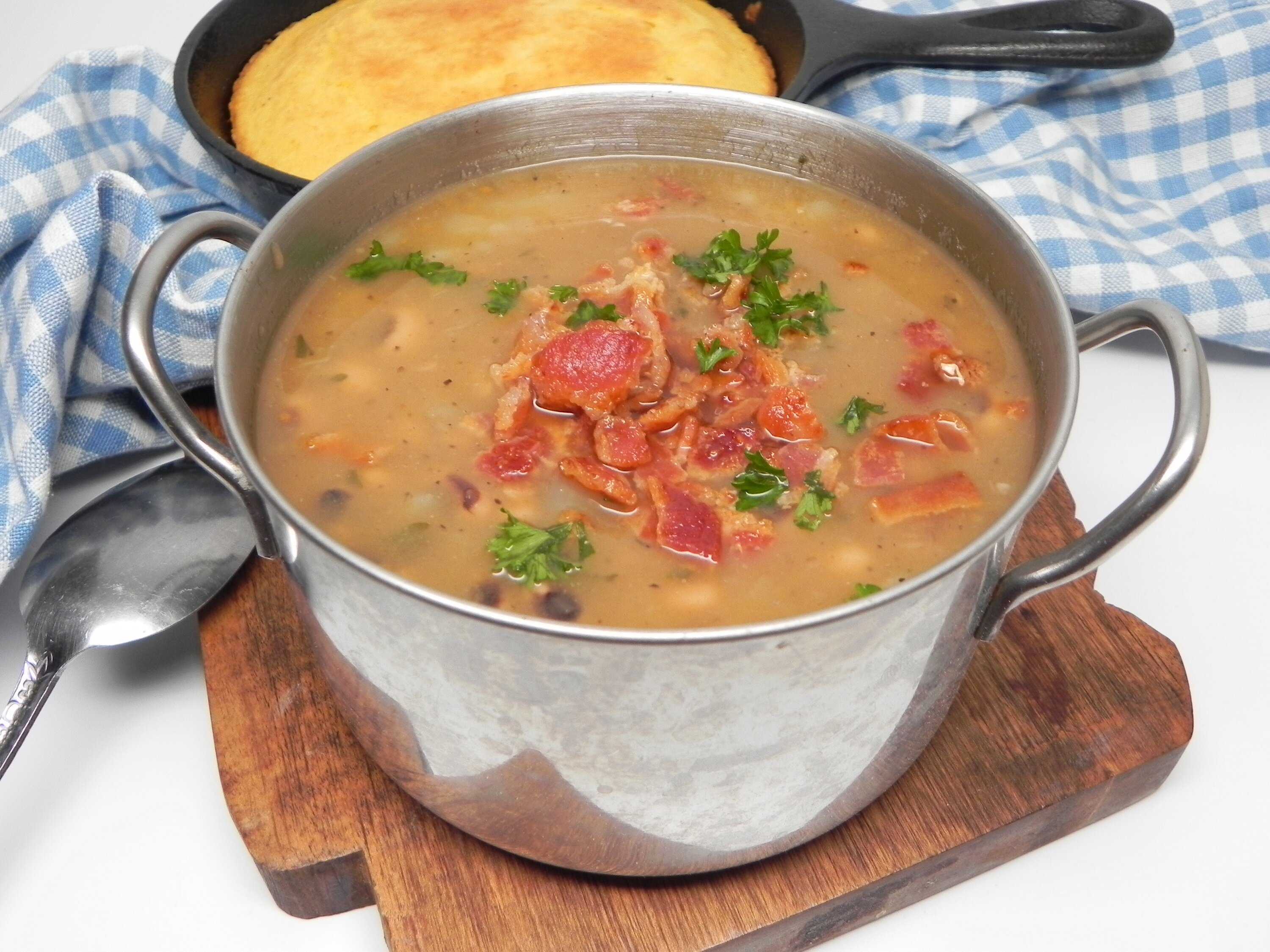 black eyed pea and bacon soup recipe