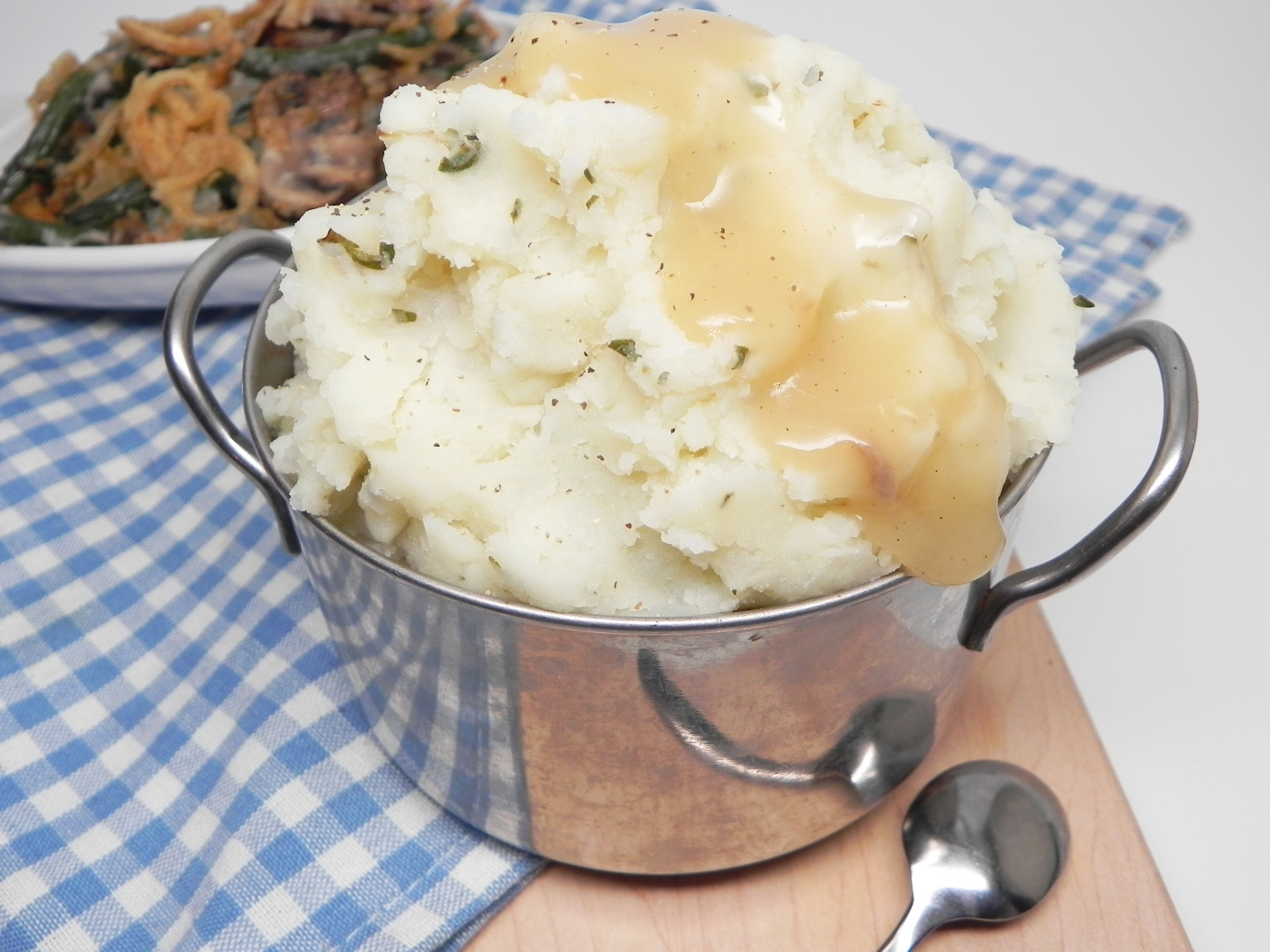 mashed potatoes with herb butter