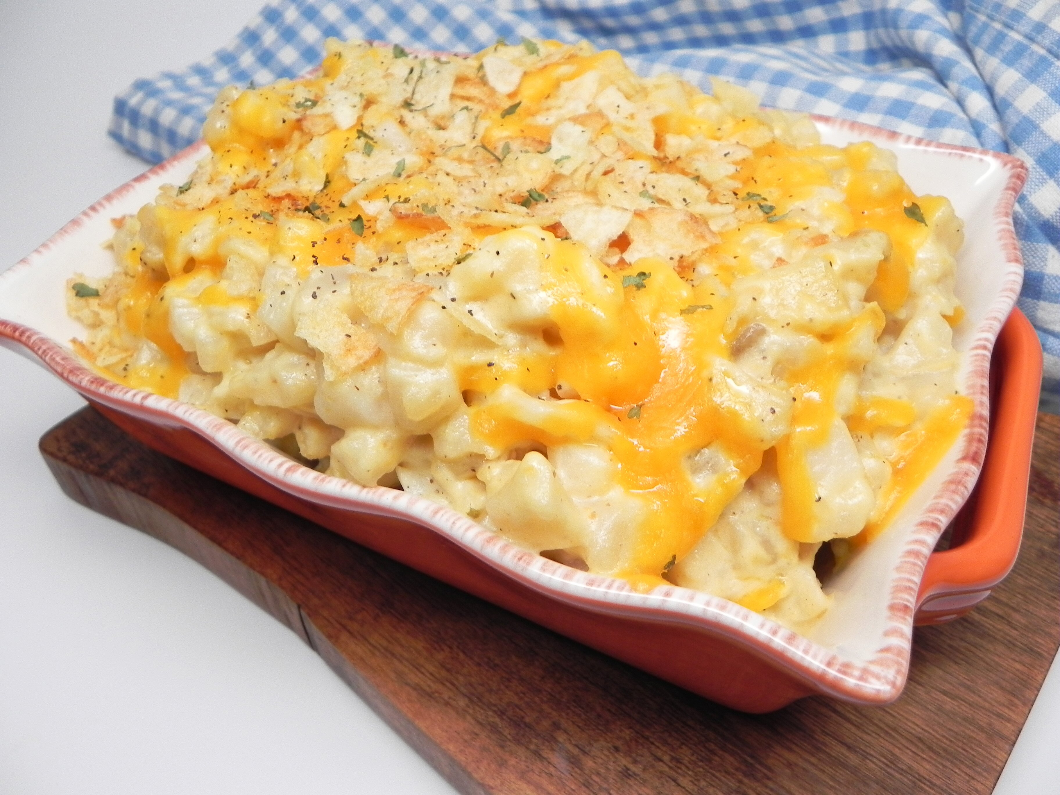 slow cooker funeral potatoes hash brown casserole